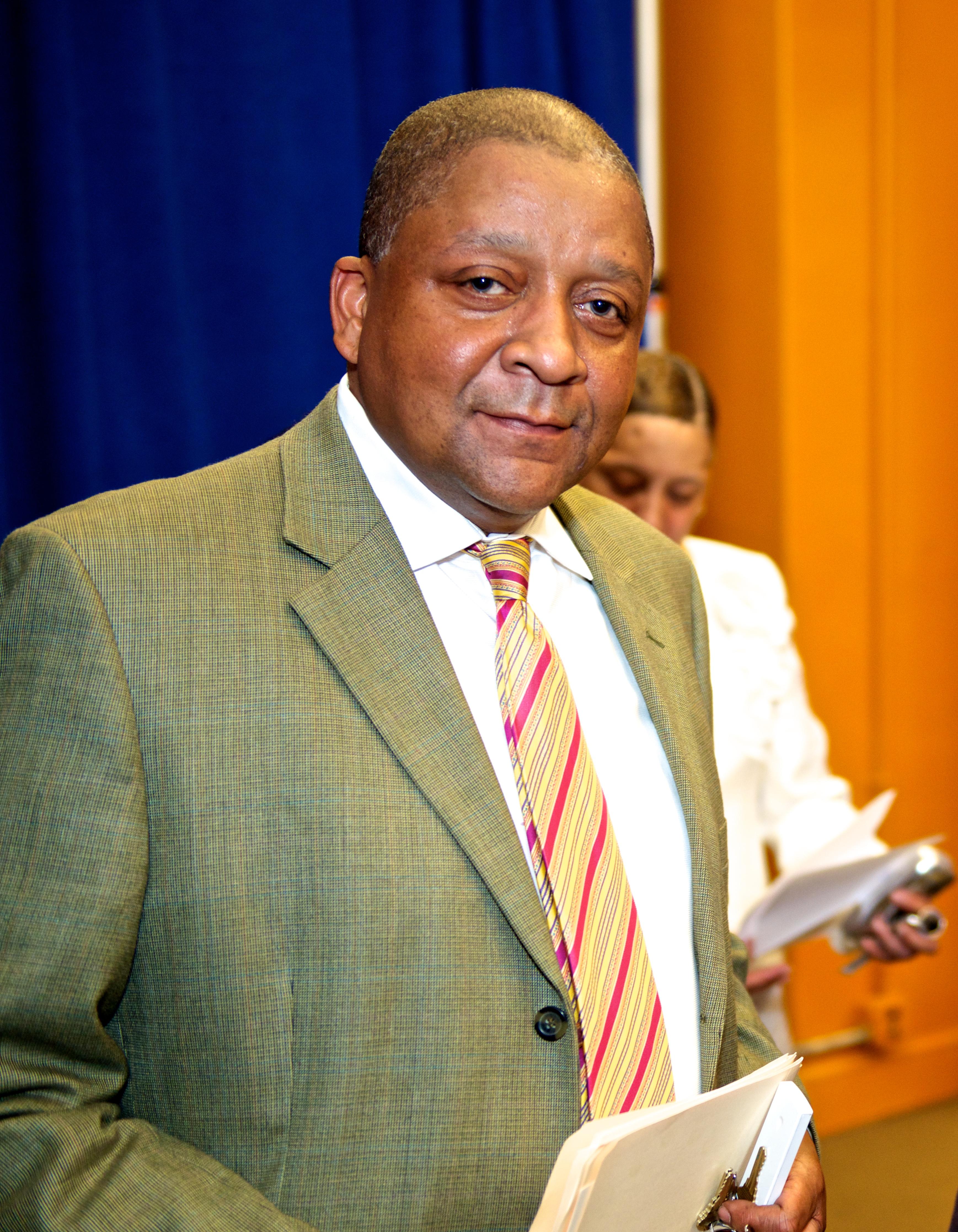 Principal of Duke Ellington School dies suddenly
