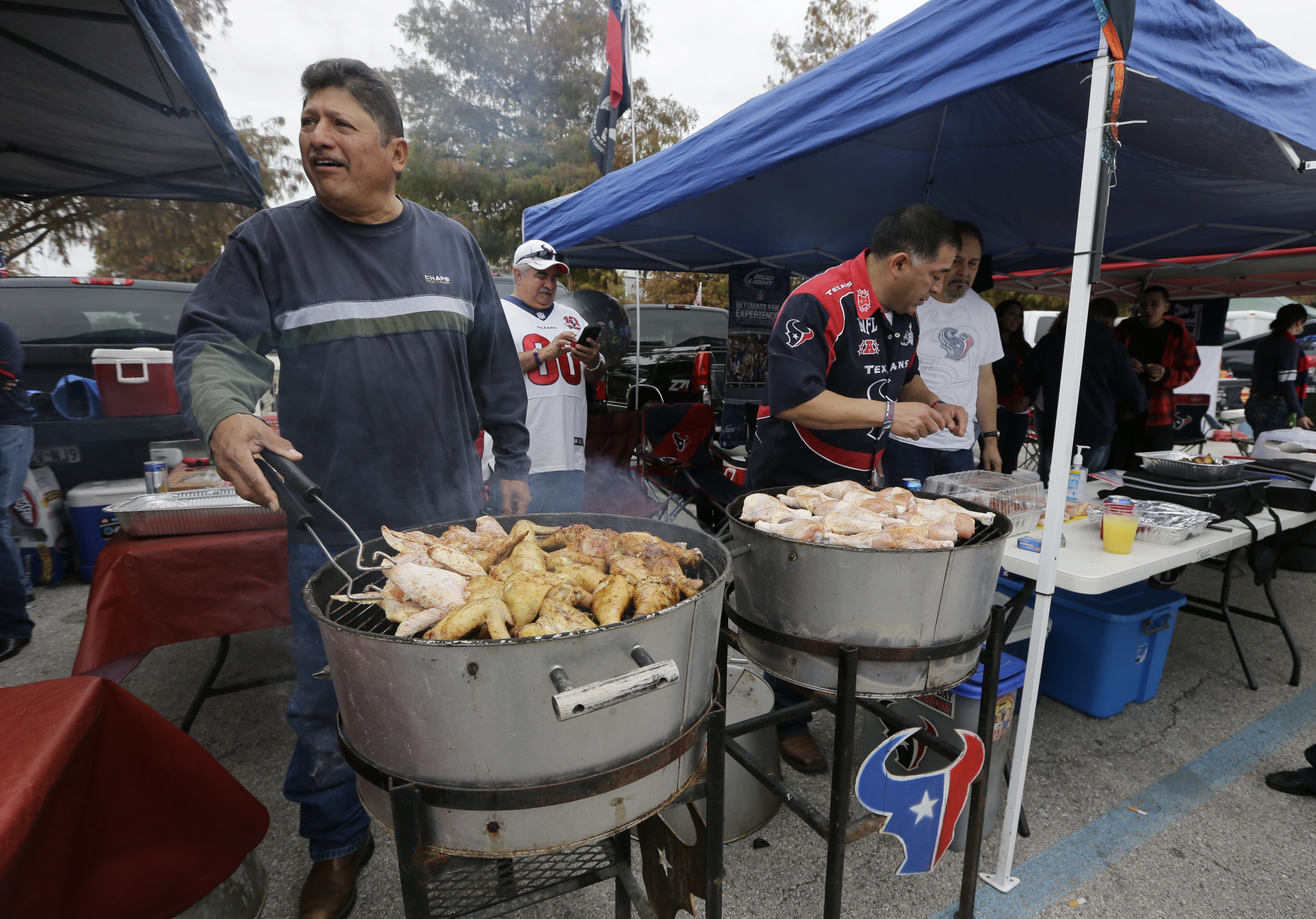Tailgating's evolution: From hot dogs to haute dogs