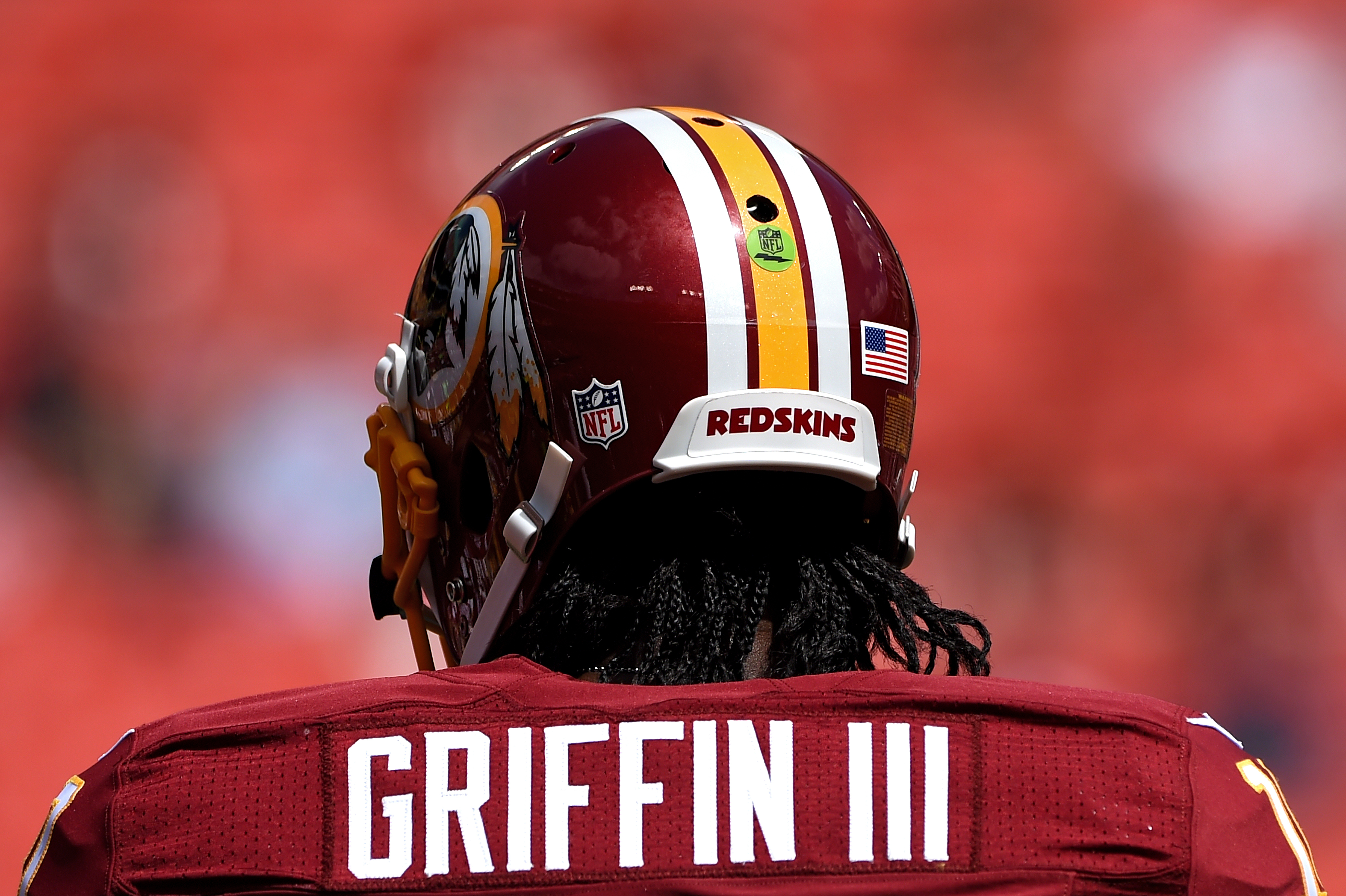 Redskins to keep RG3 on 53-man roster