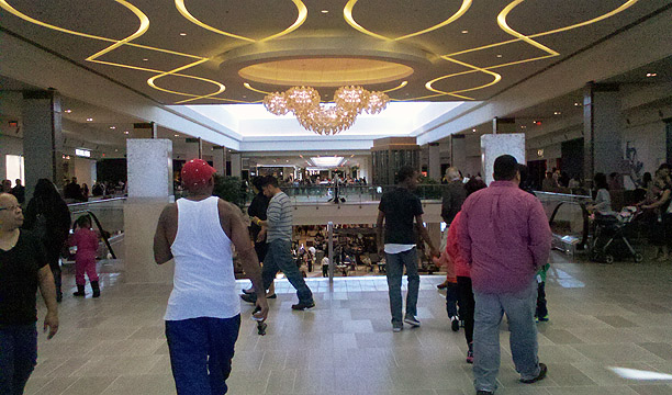 8b46594069 A flurry of shoppers stopped by the newly opened Springfield Town Center  Friday. The retail hub
