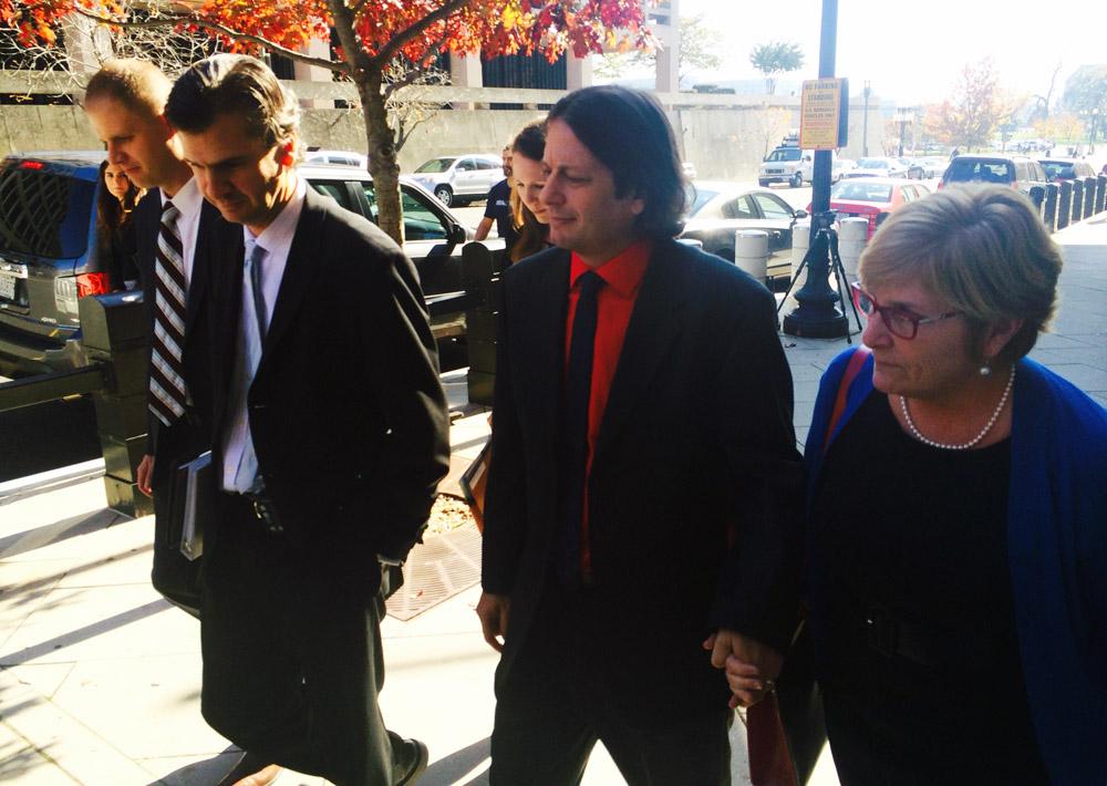 Ricin suspect gets 1-year sentence, community service
