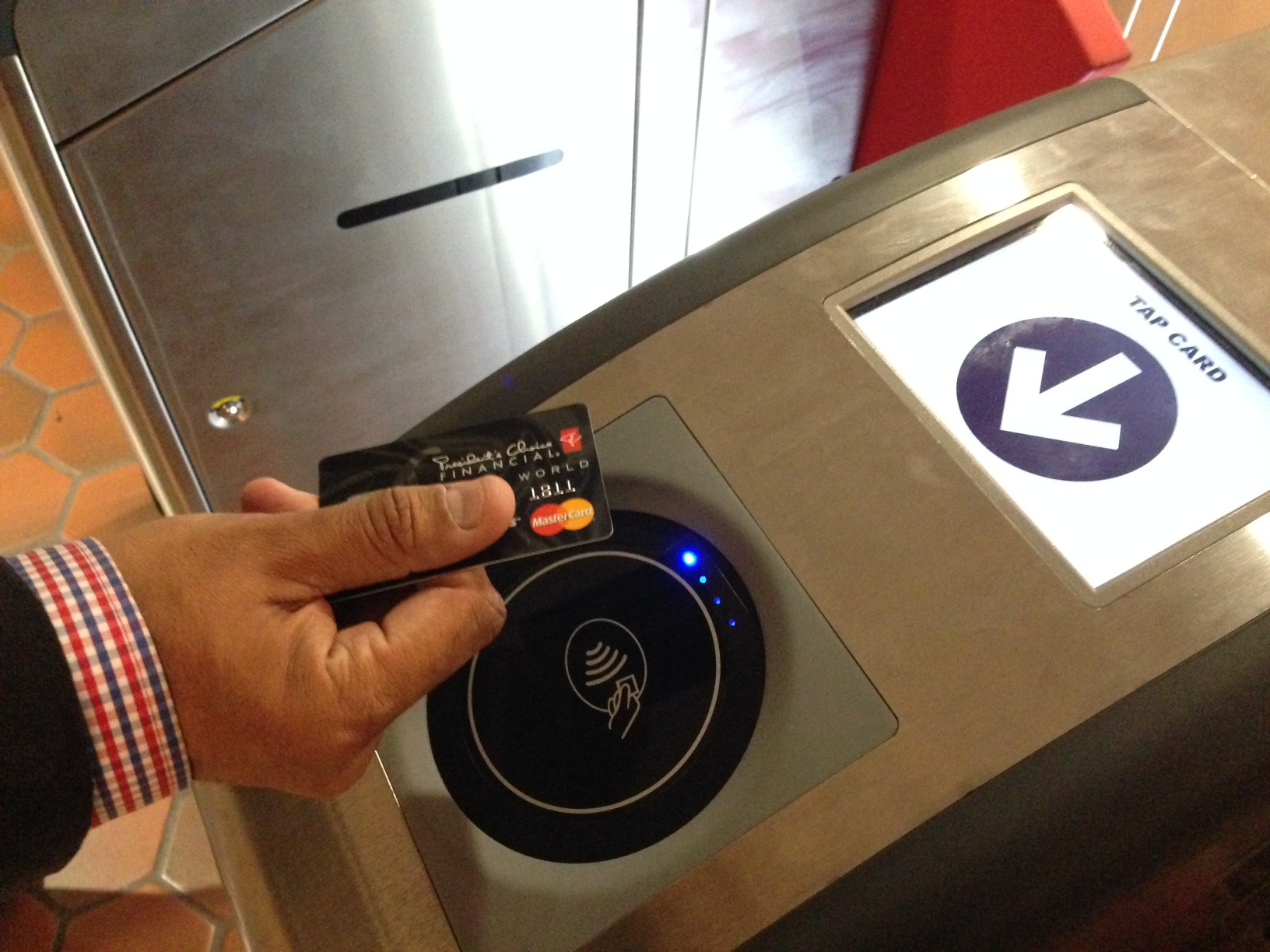 Google Wallet, Apple Pay on Metro? Maybe not