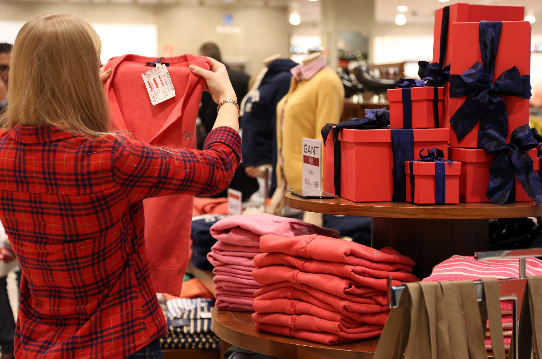 Christmas shopping (Adam Berry/Getty Images)