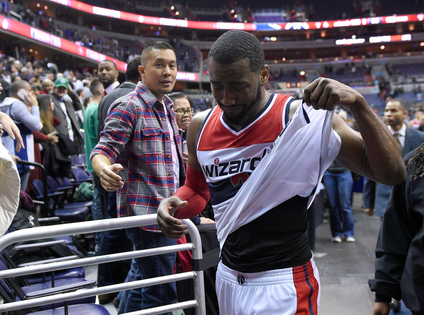 Wizards' Wall breaks down after game