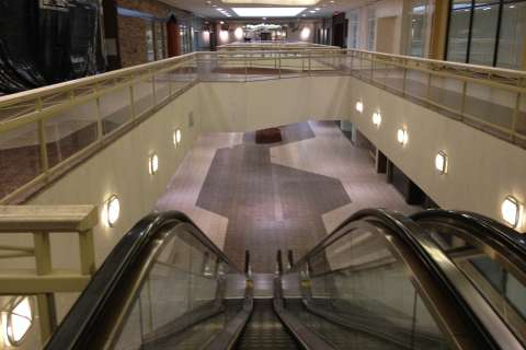 A ghost mall in White Flint (Photos)