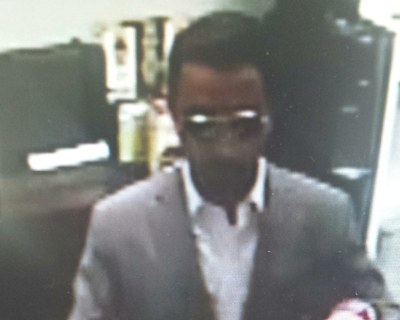Two serial bank robbers on the loose in D.C. area