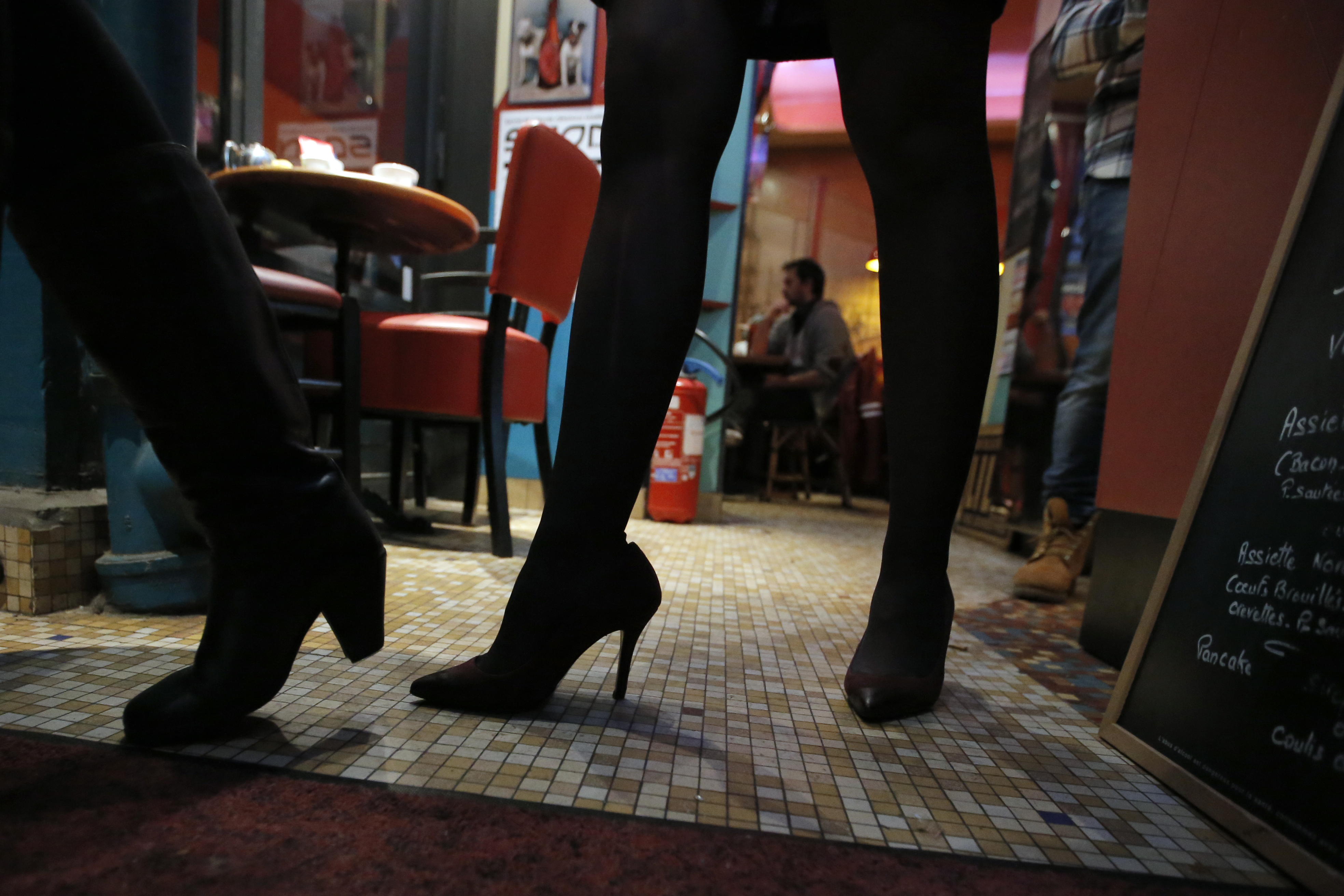 Study details the dangers of wearing high heels