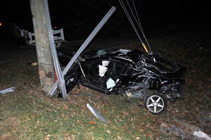 Teen dies after Fairfax County crash