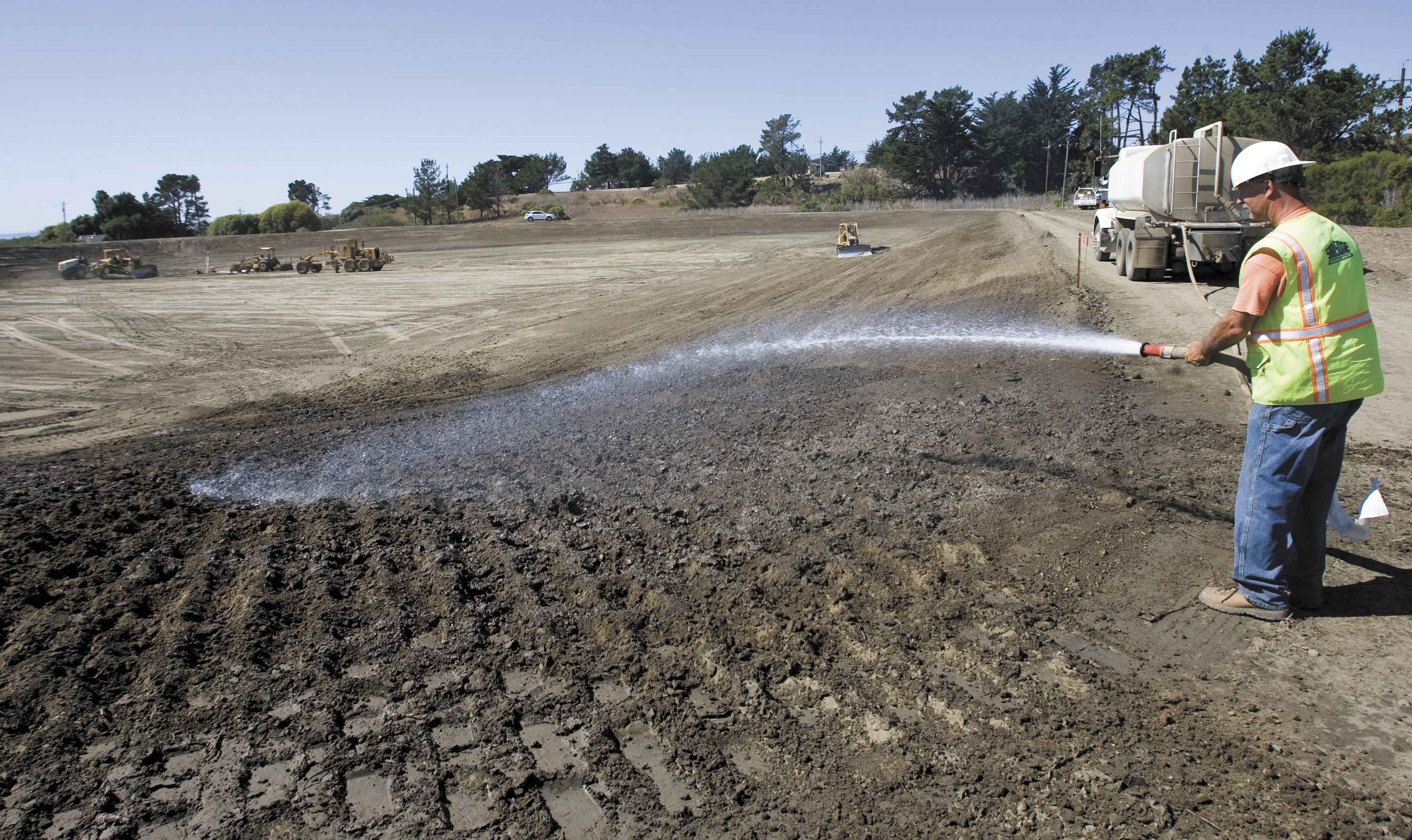 Citing drought California town rushes water plant