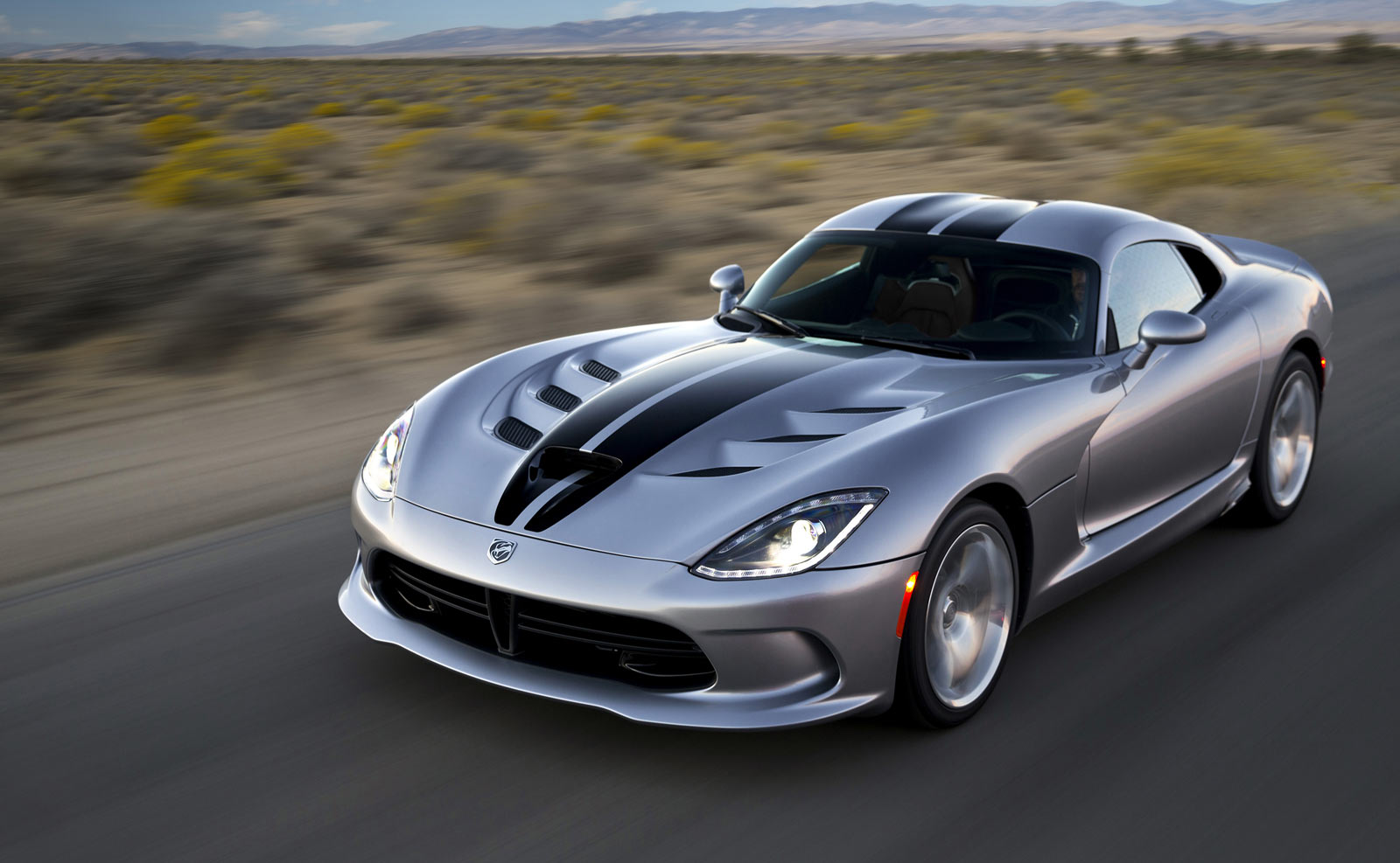 The Dodge Viper. It's a great car, Jalopnik says; it's just too expensive. Only 760 sold in 2014. (DriveSRT.com)
