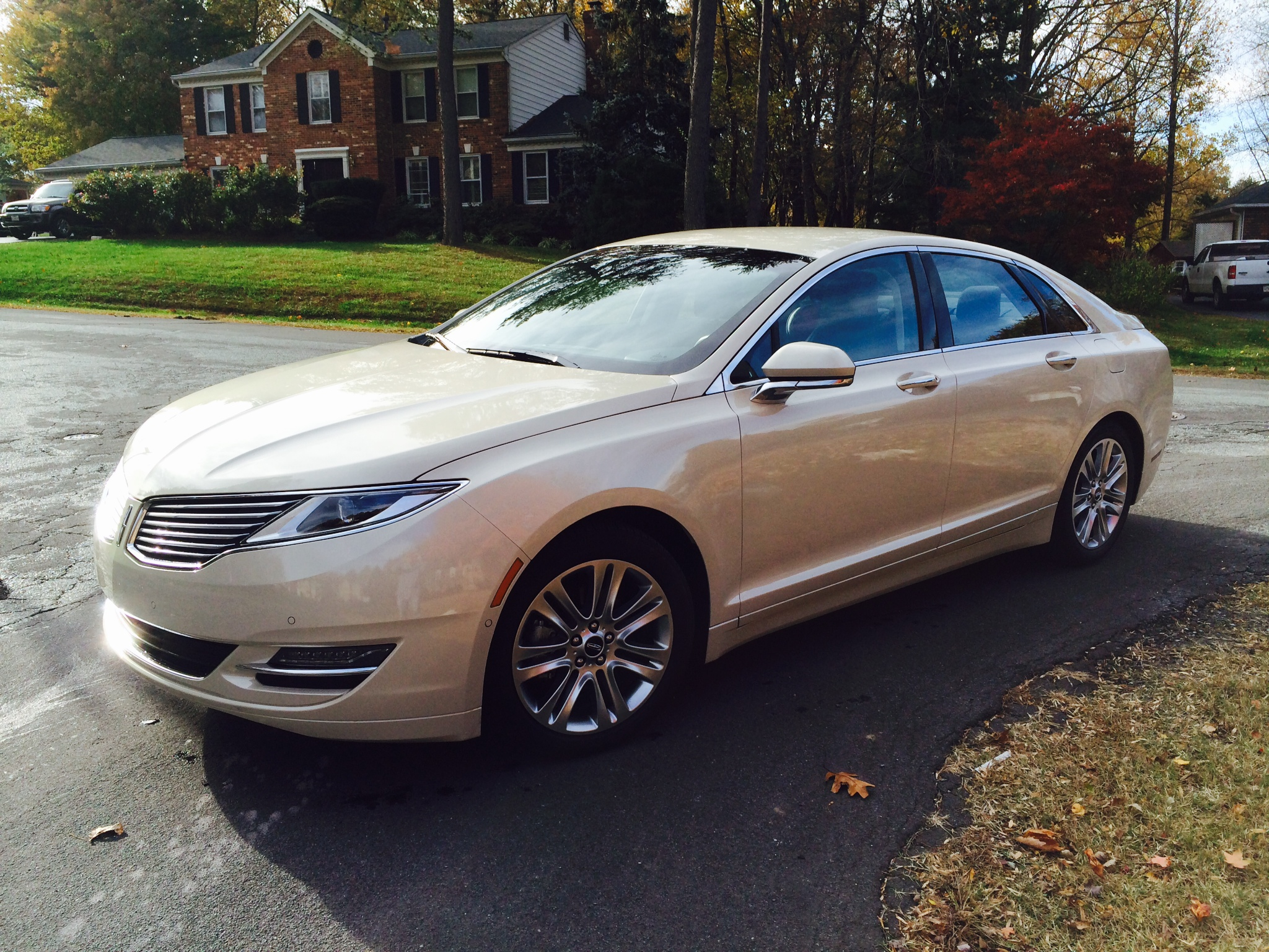 Car Report: Lincoln MKZ Hybrid is a stylish way to save at the pump