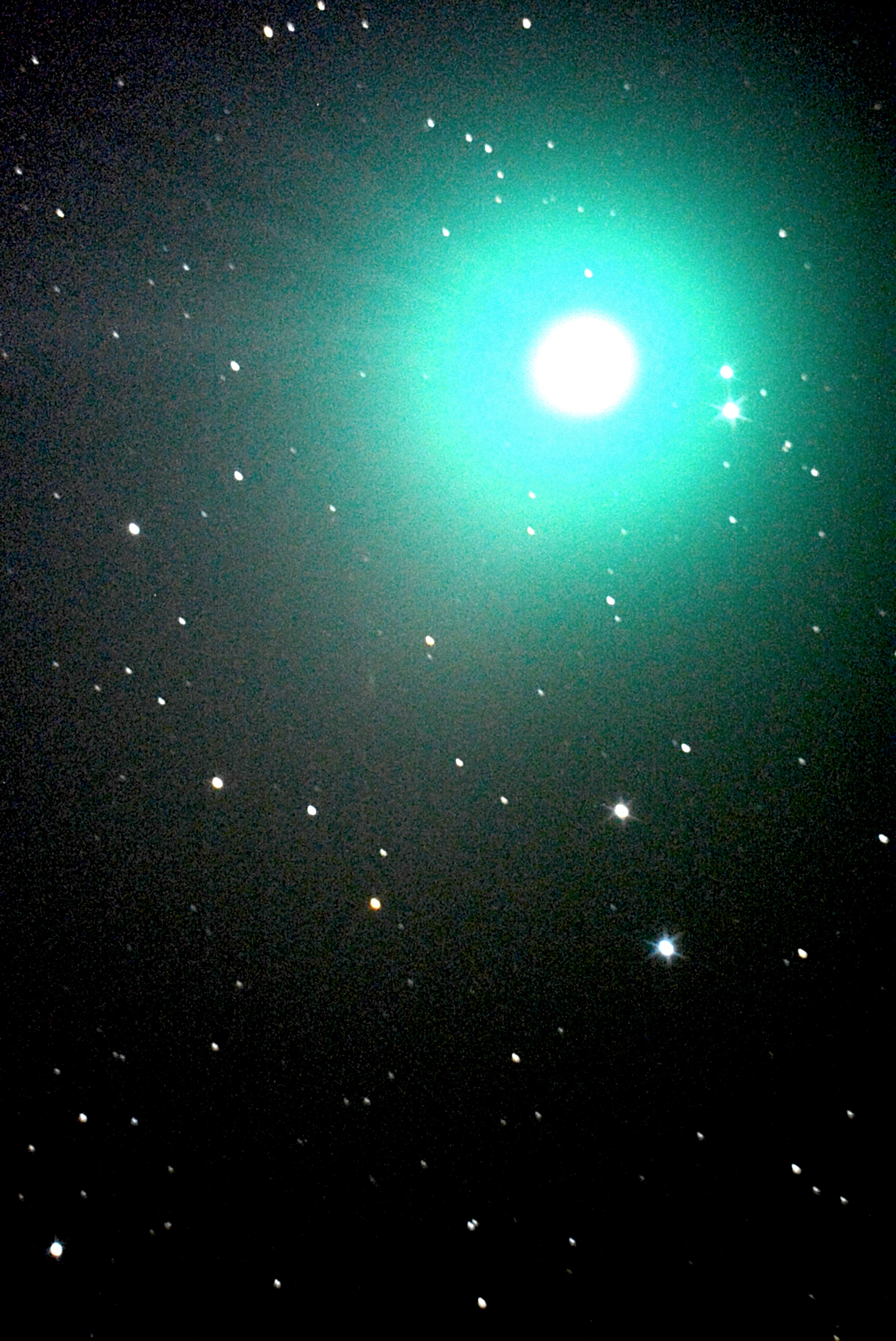 Green comet, bright planets visible in the night sky