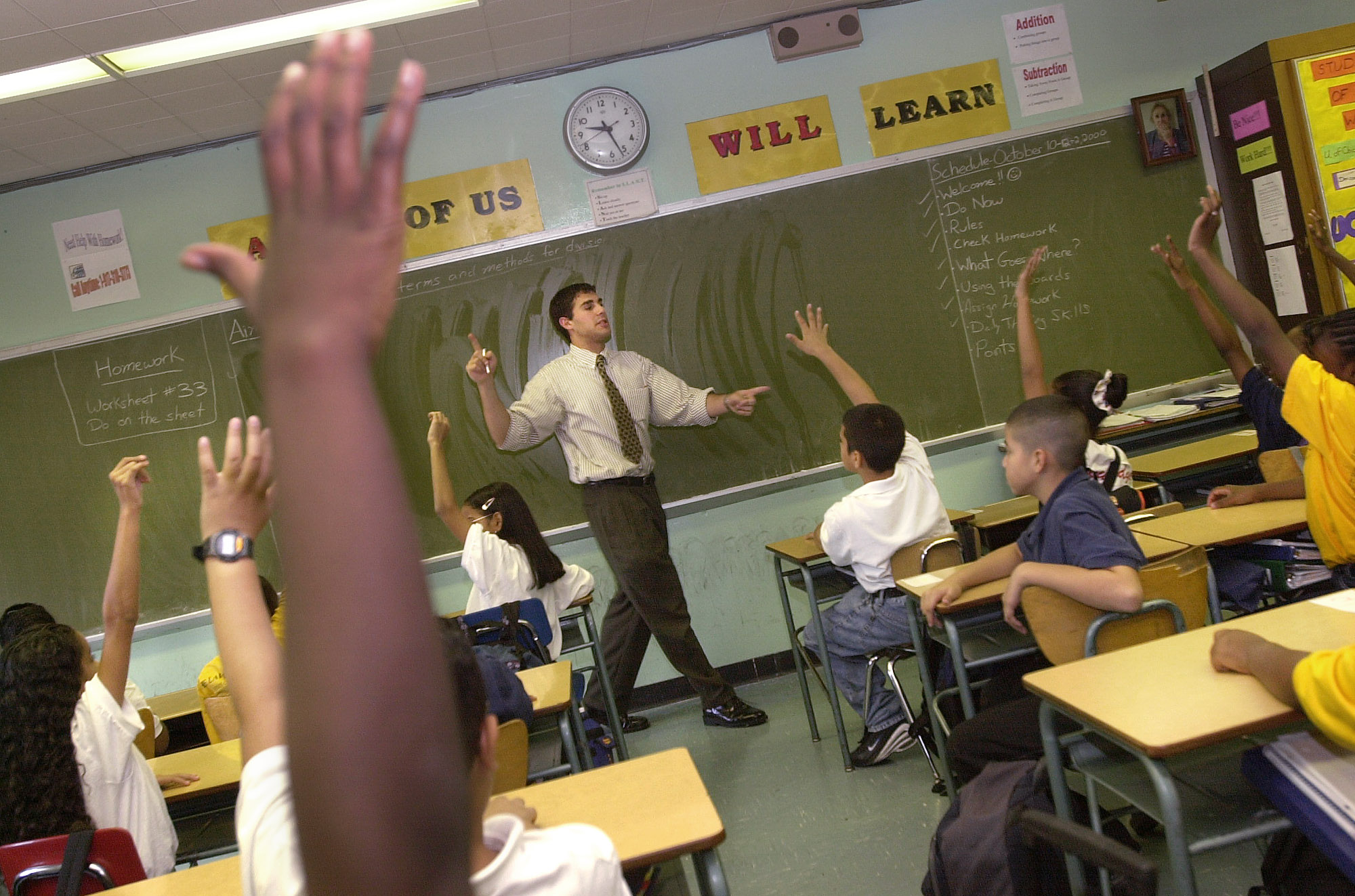 Bill would ban schools from suspending, expelling some kids
