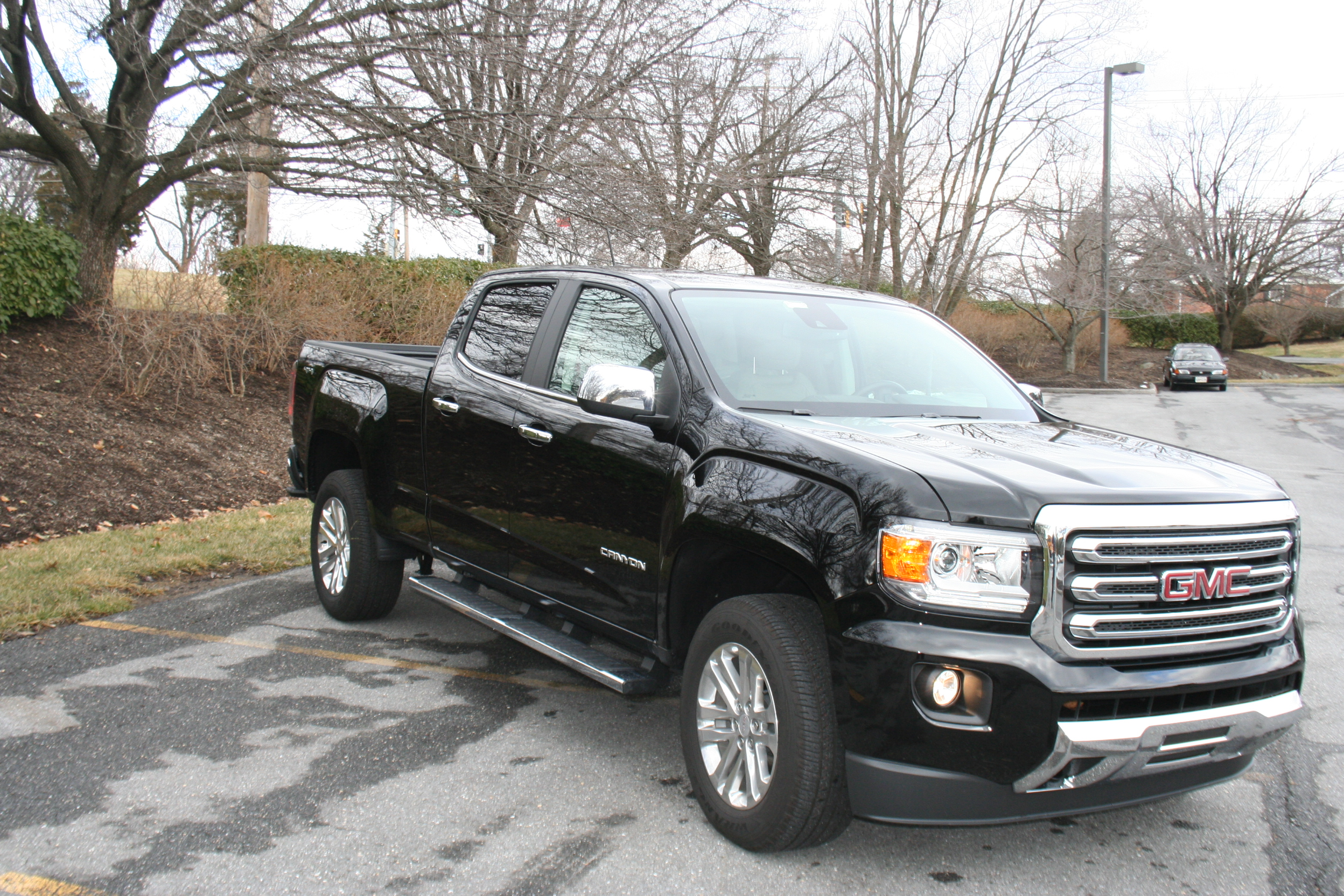 Car Report: The 2015 GMC Canyon is a refined cruiser and right-sized for the street