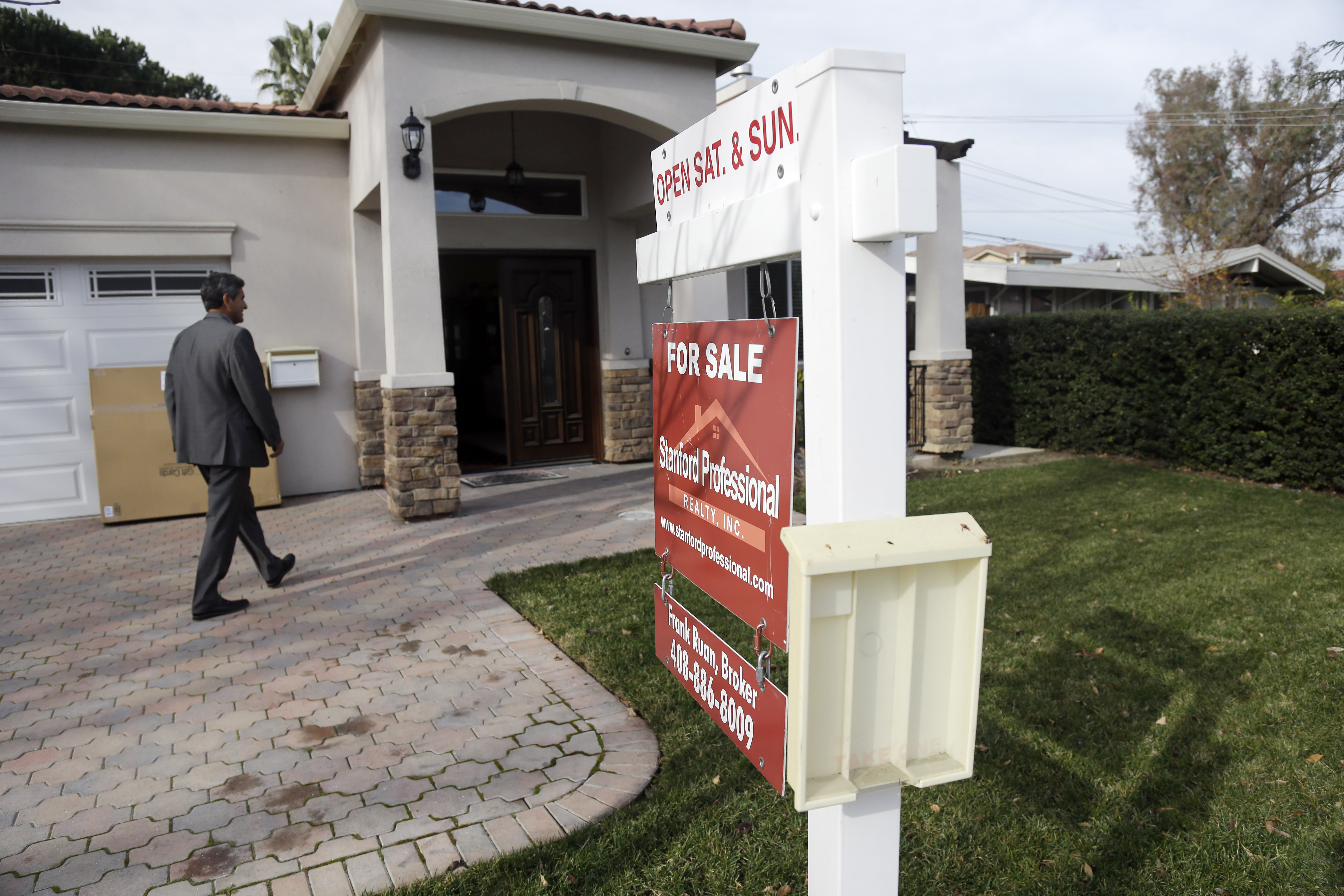 Rising mortgage rates? No sign yet