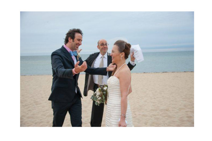 Harris Bloom Is A Professional Comedian And Wedding Officiant The Industry Booming One For Many Comedians From Officiating To Speech