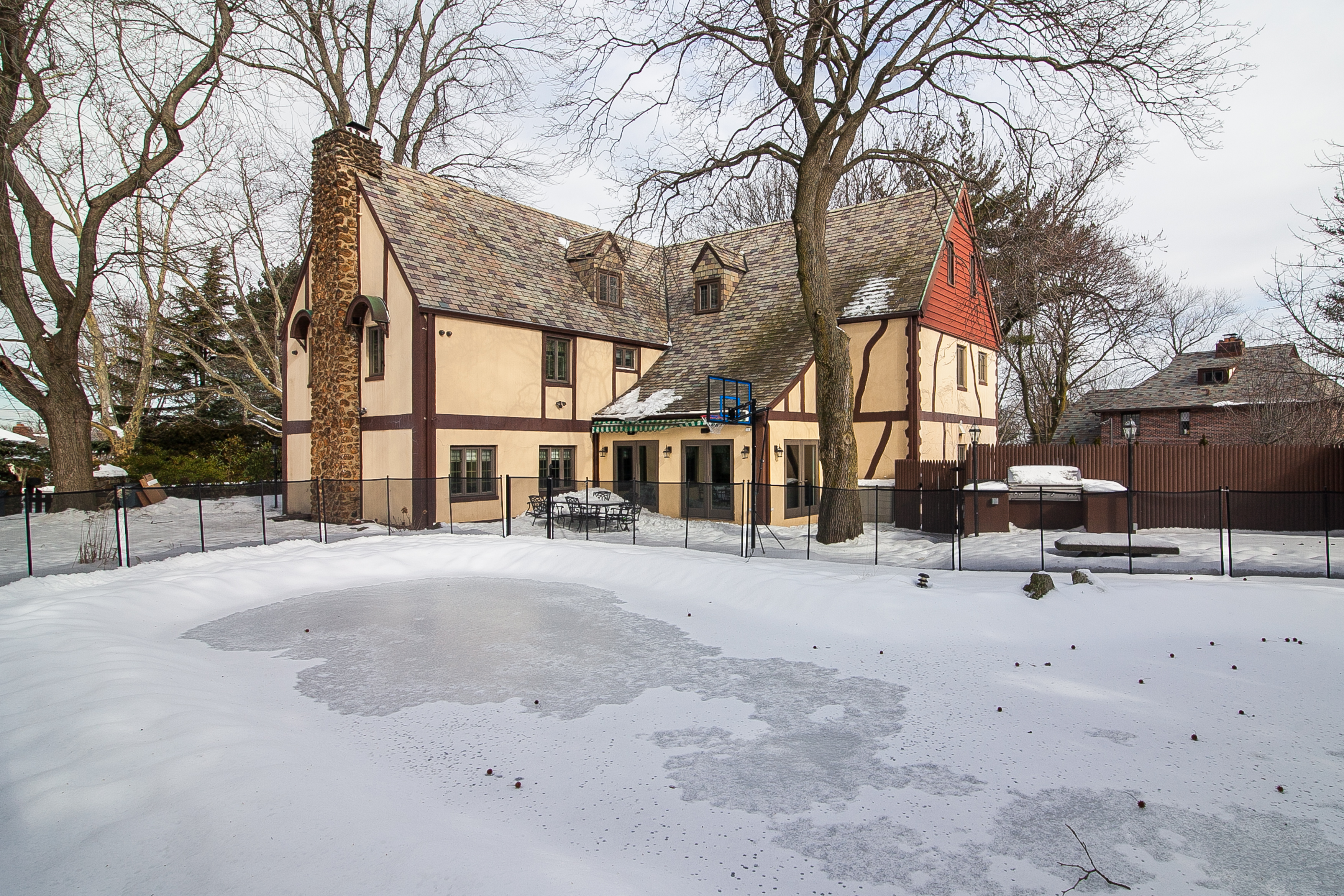 House from 'The Godfather' for sale