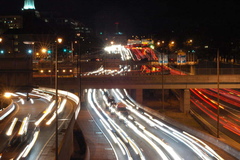 Reversible lane, lower speed limit coming to East Capitol St. bridge