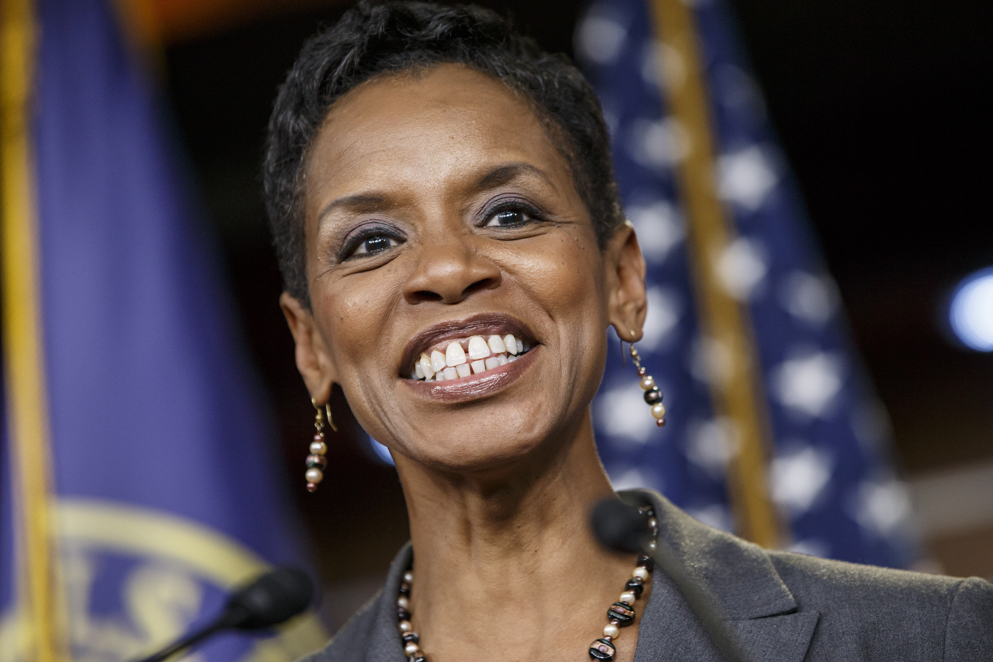 Analysts: Donna Edwards making an unlikely surge for Mikulski's seat