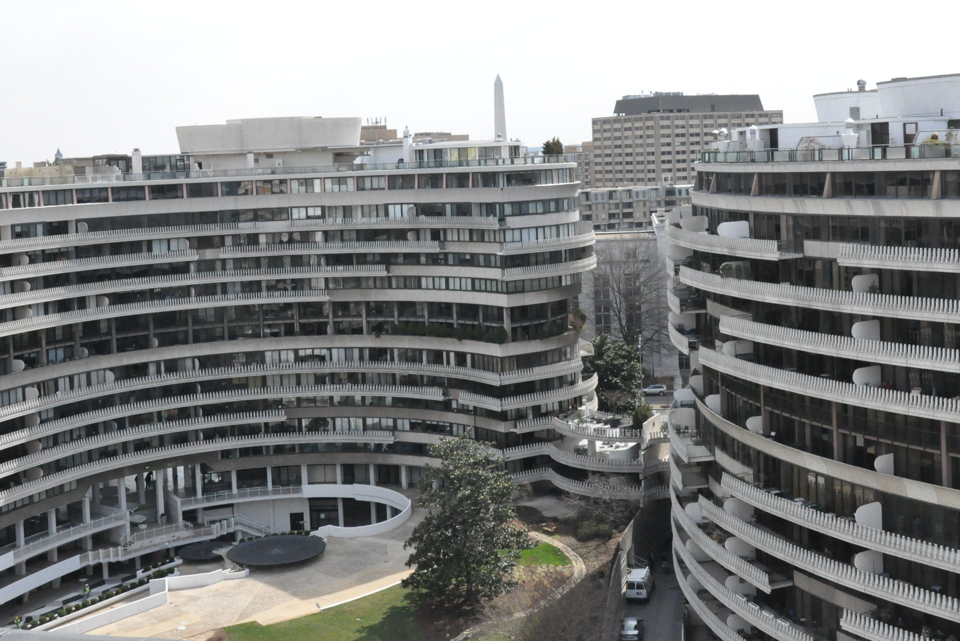 After 125 Million Renovation The Watergate Hotel Reopens