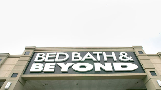 How Bed Bath Beyond Will Punish Customers Making Returns Without - Making receipts for customers