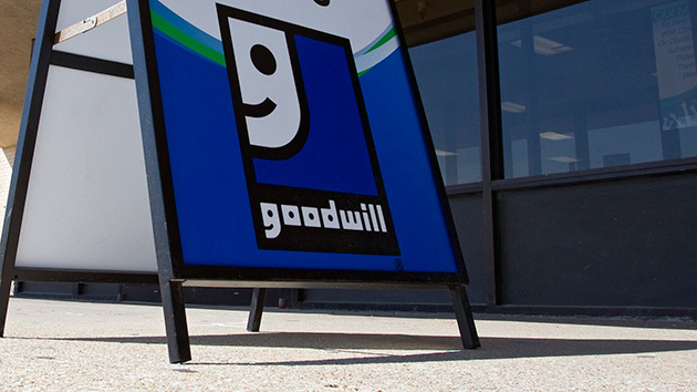 South Carolina Goodwill Employee Lauded for Returning $1,400 Found in Bag