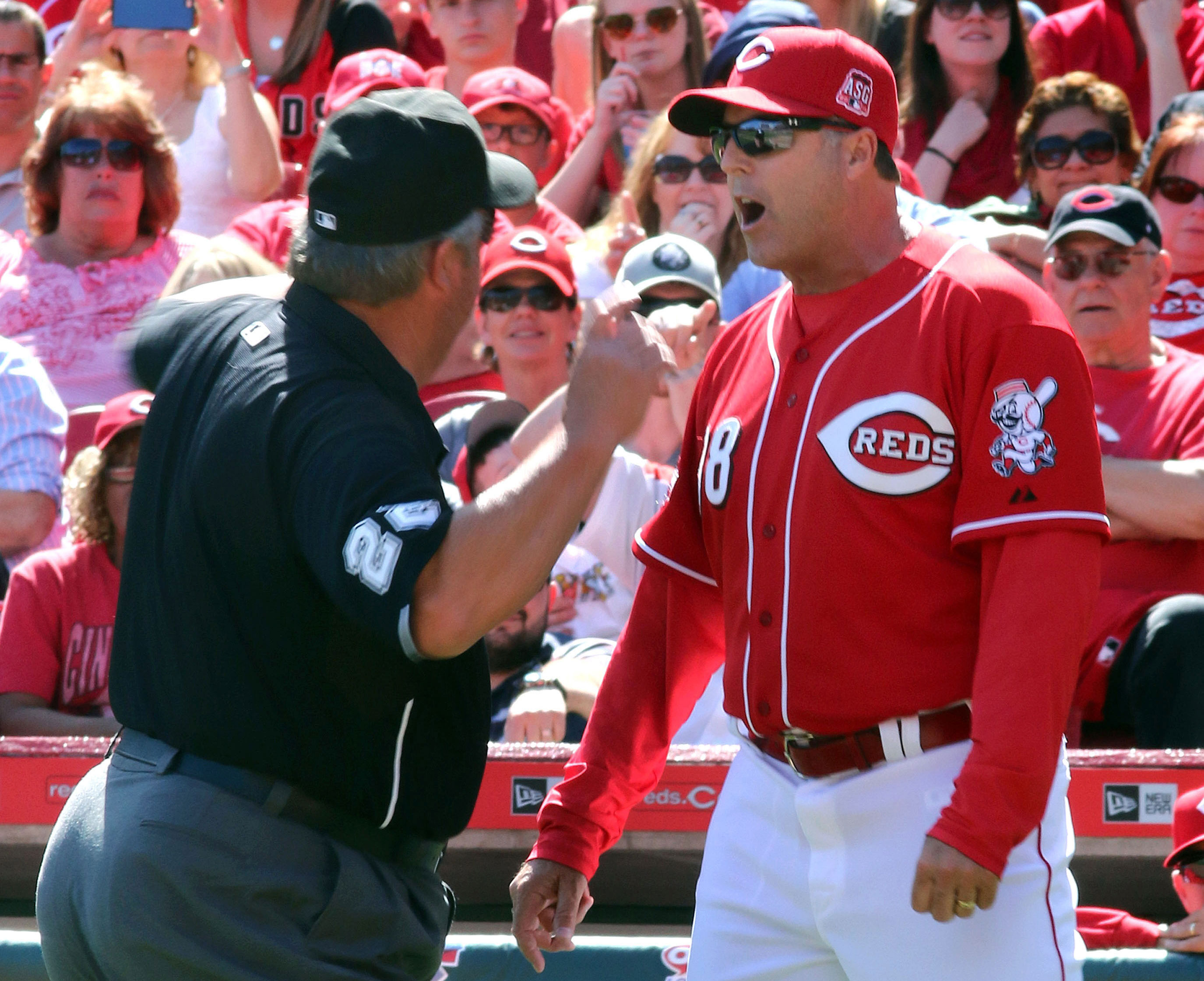 Column: On Bryan Price and the ever-blurring line in sports media