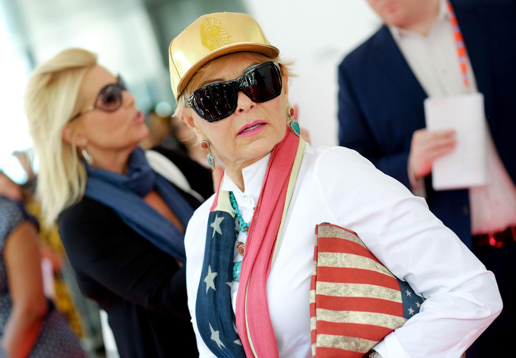 Roseanne Barr says she's going blind