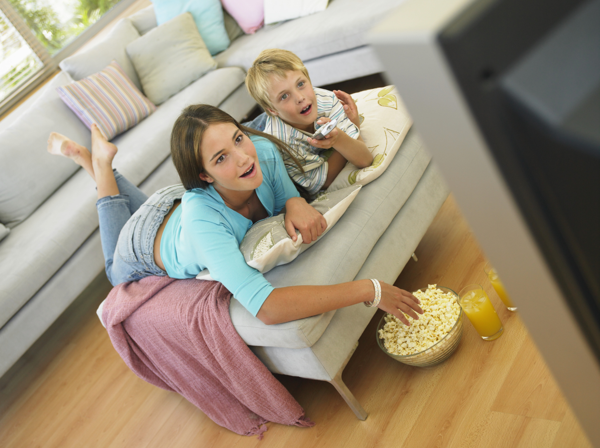 Study: An hour of TV a day can lead to kids' weight gain