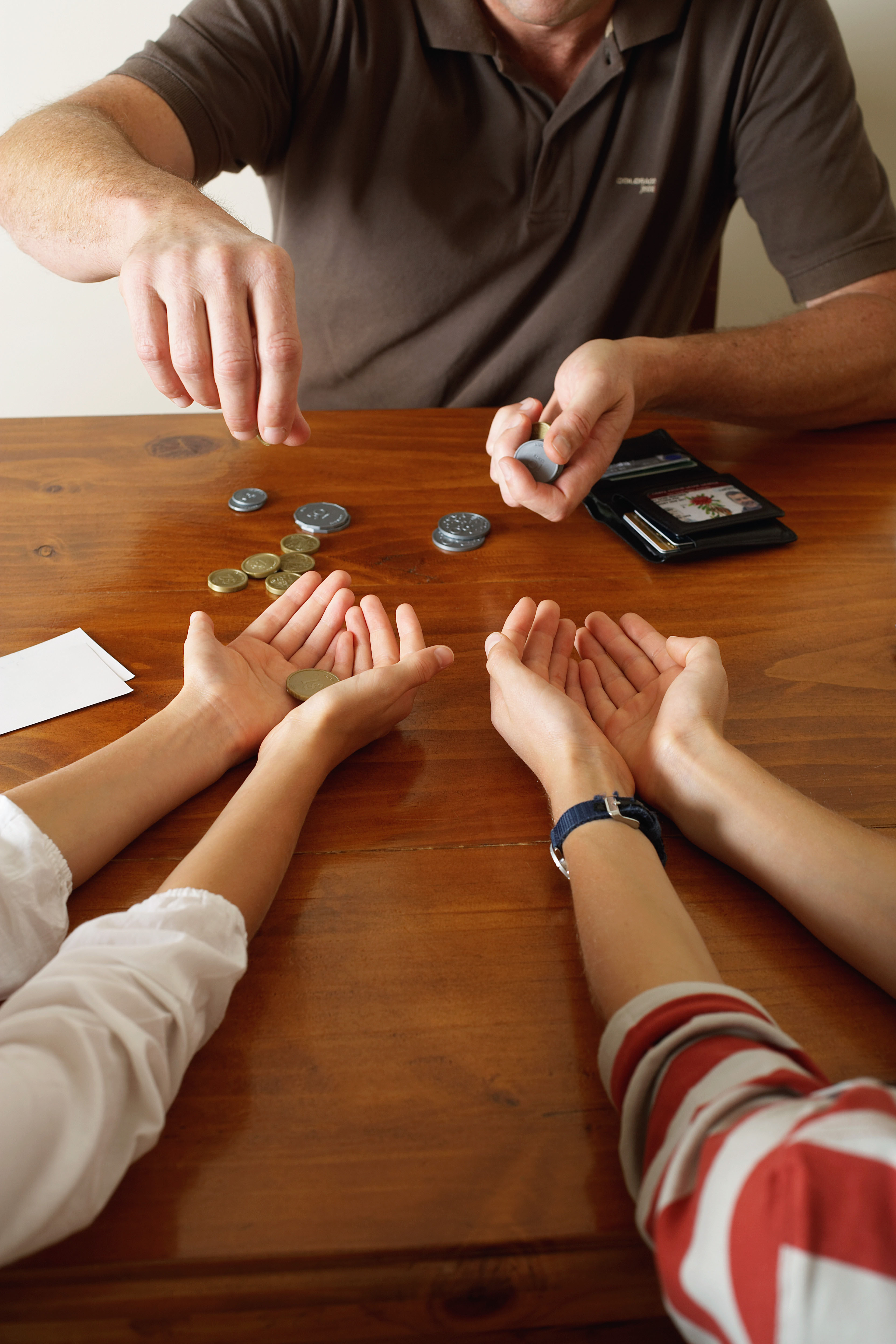 Candid conversations early-on key to talking money with kids