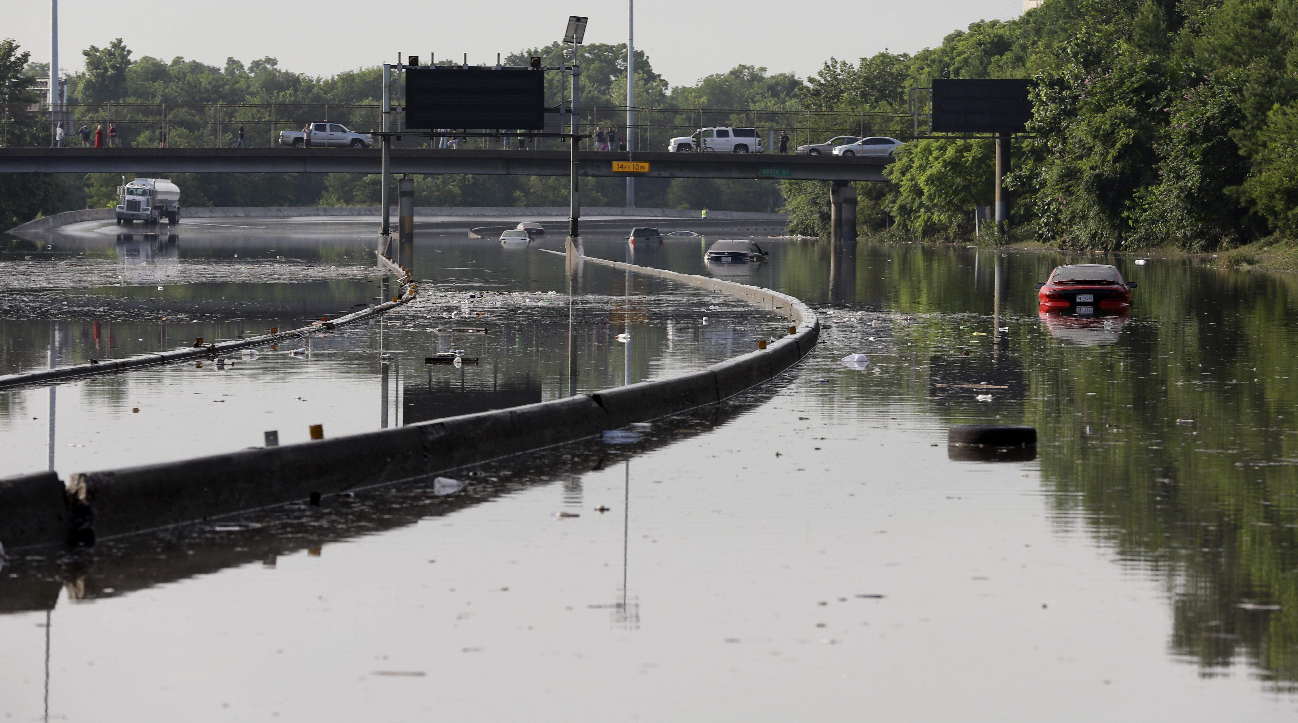 High tide: flash flooding ravages Texas