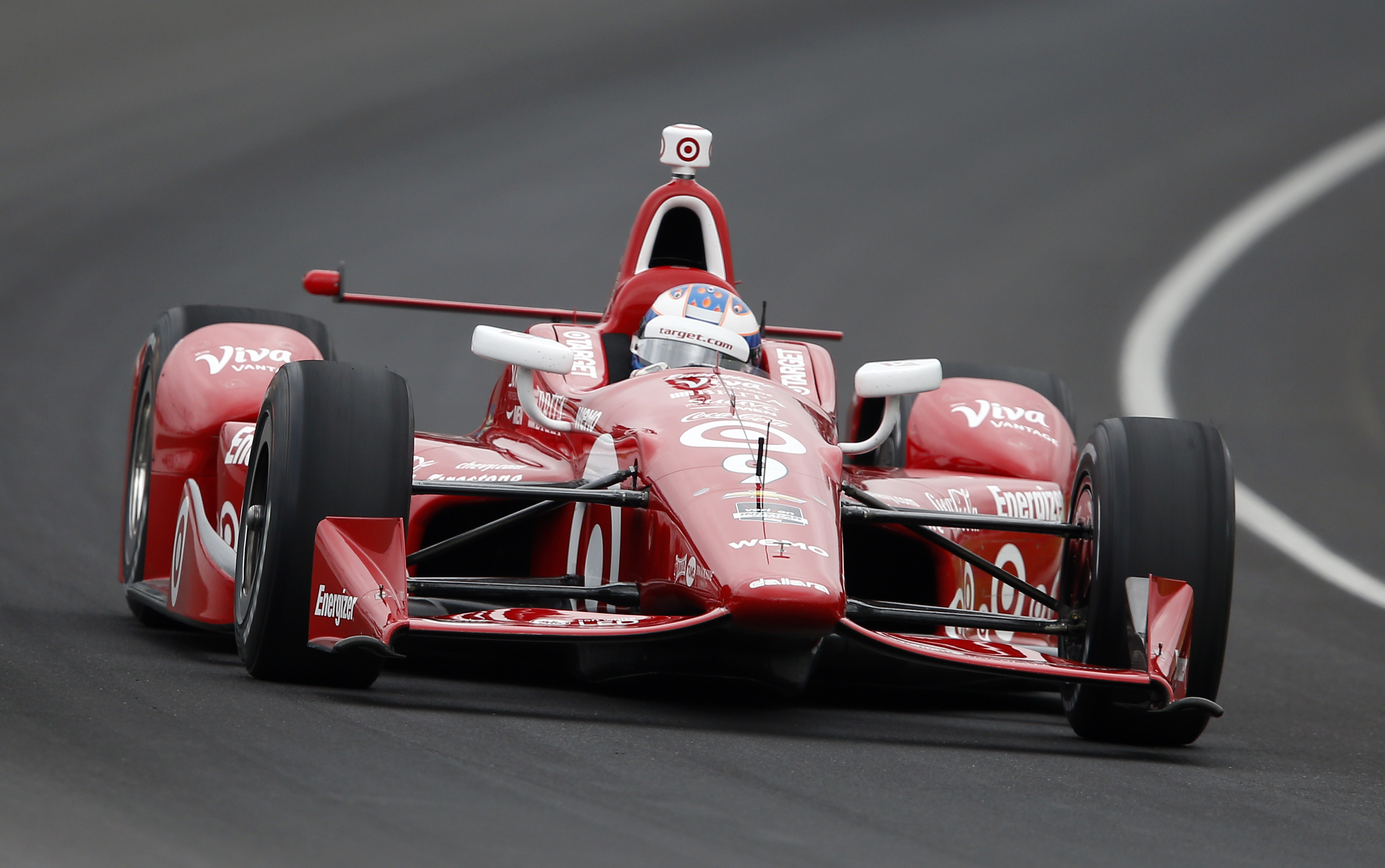 montoya wins at indycar opener at st pete marco andretti th indy