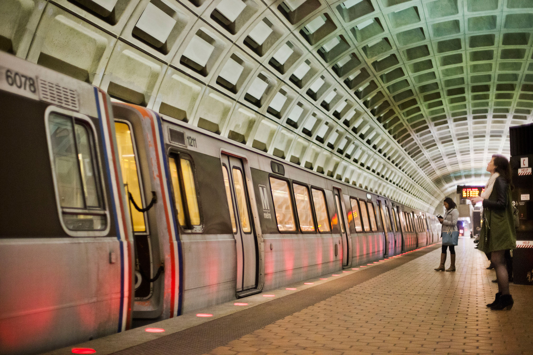 Congressional subcommittee tells Metro to hire a GM right away