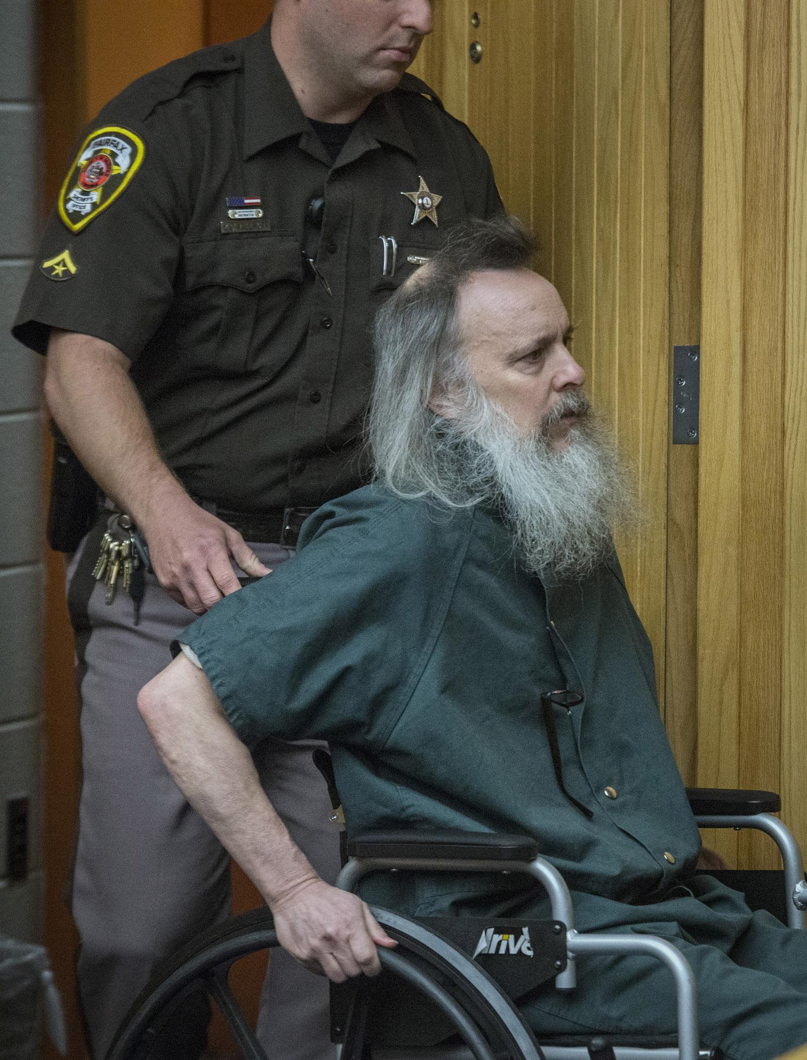 Charles Severance seeks single trial in Alexandria slayings