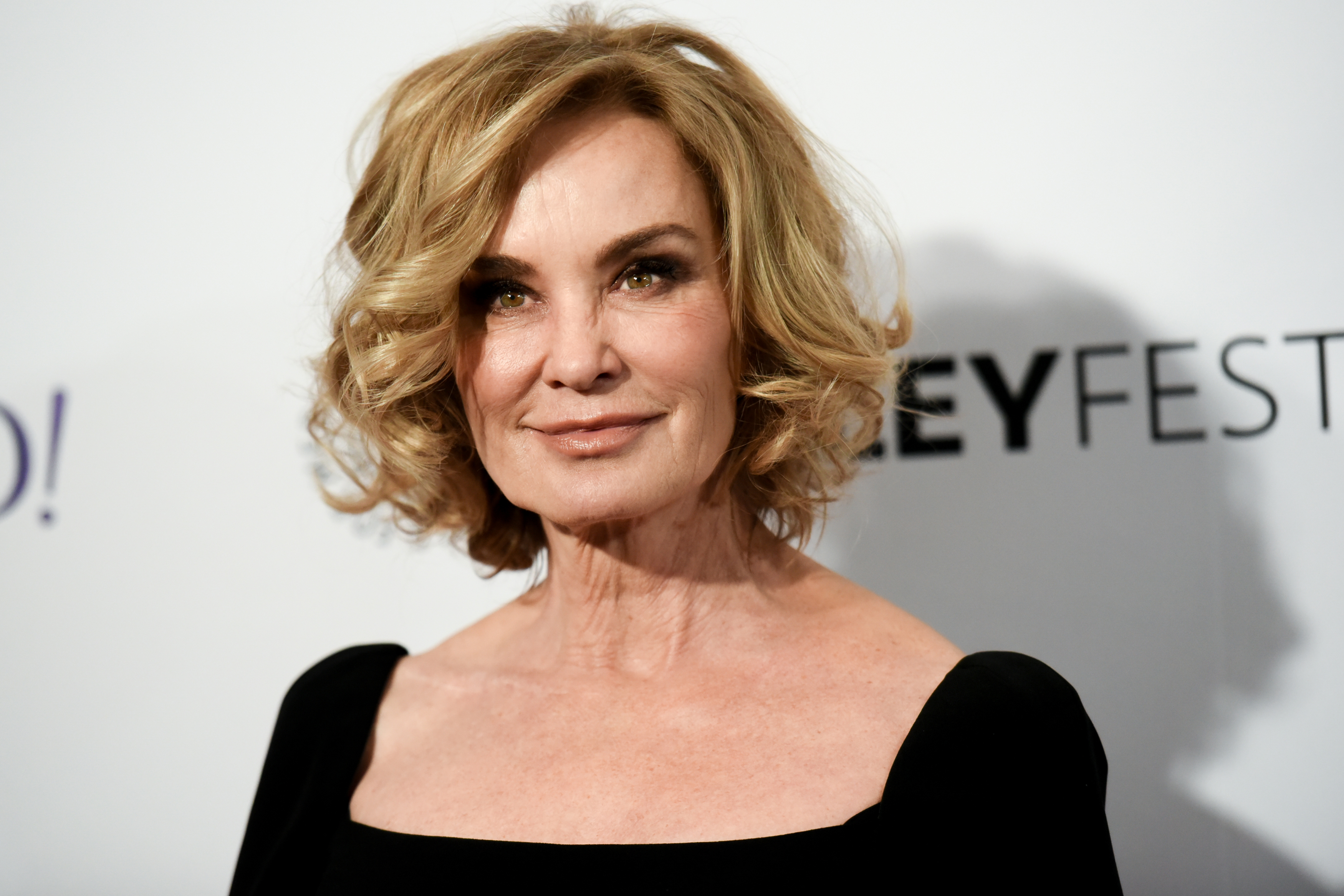 Jessica Lange S Reaction To Comparisons To Caitlyn Jenner