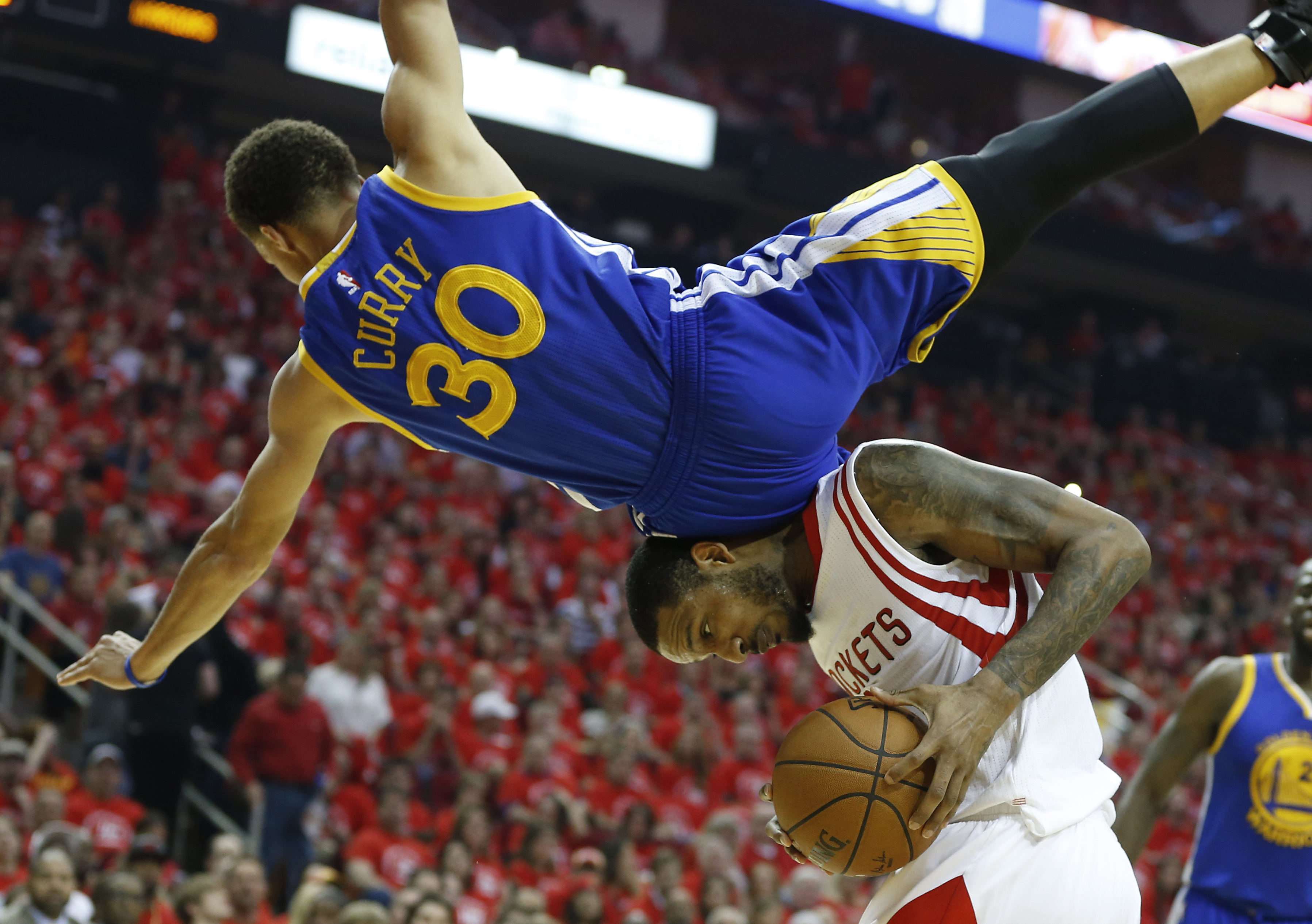 Warriors try again to close out Rockets, reach NBA Finals | WTOP