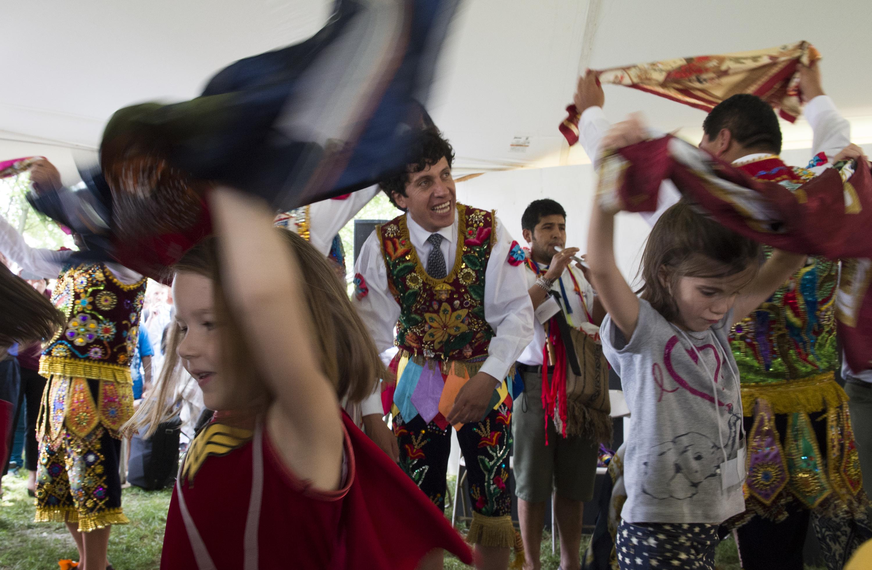 Following shutdown, Smithsonian Folklife Festival shortened to 2 days