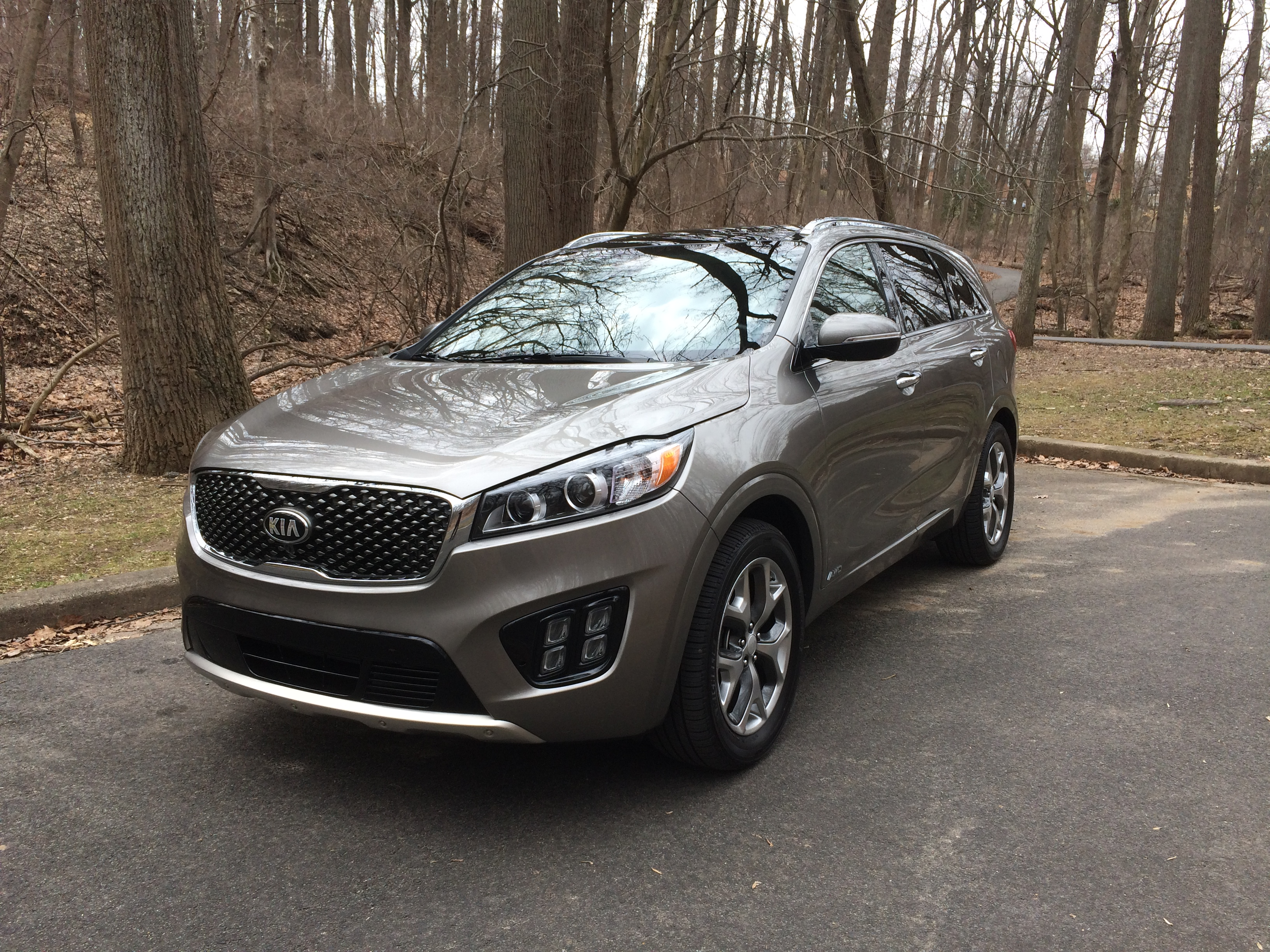 The 2016 Kia Sorento grows and moves more upscale, for a price