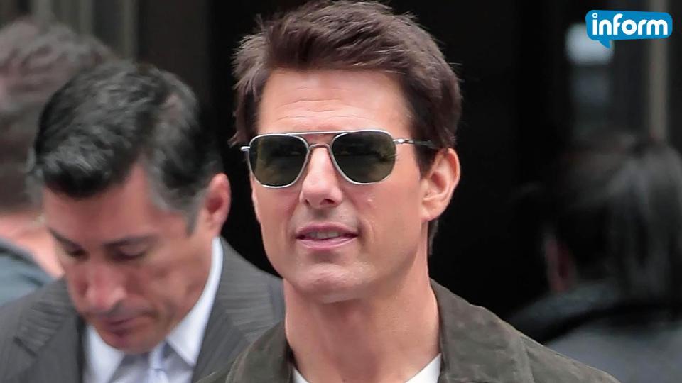 Tom Cruise to return as Maverick in 'Top Gun 2'