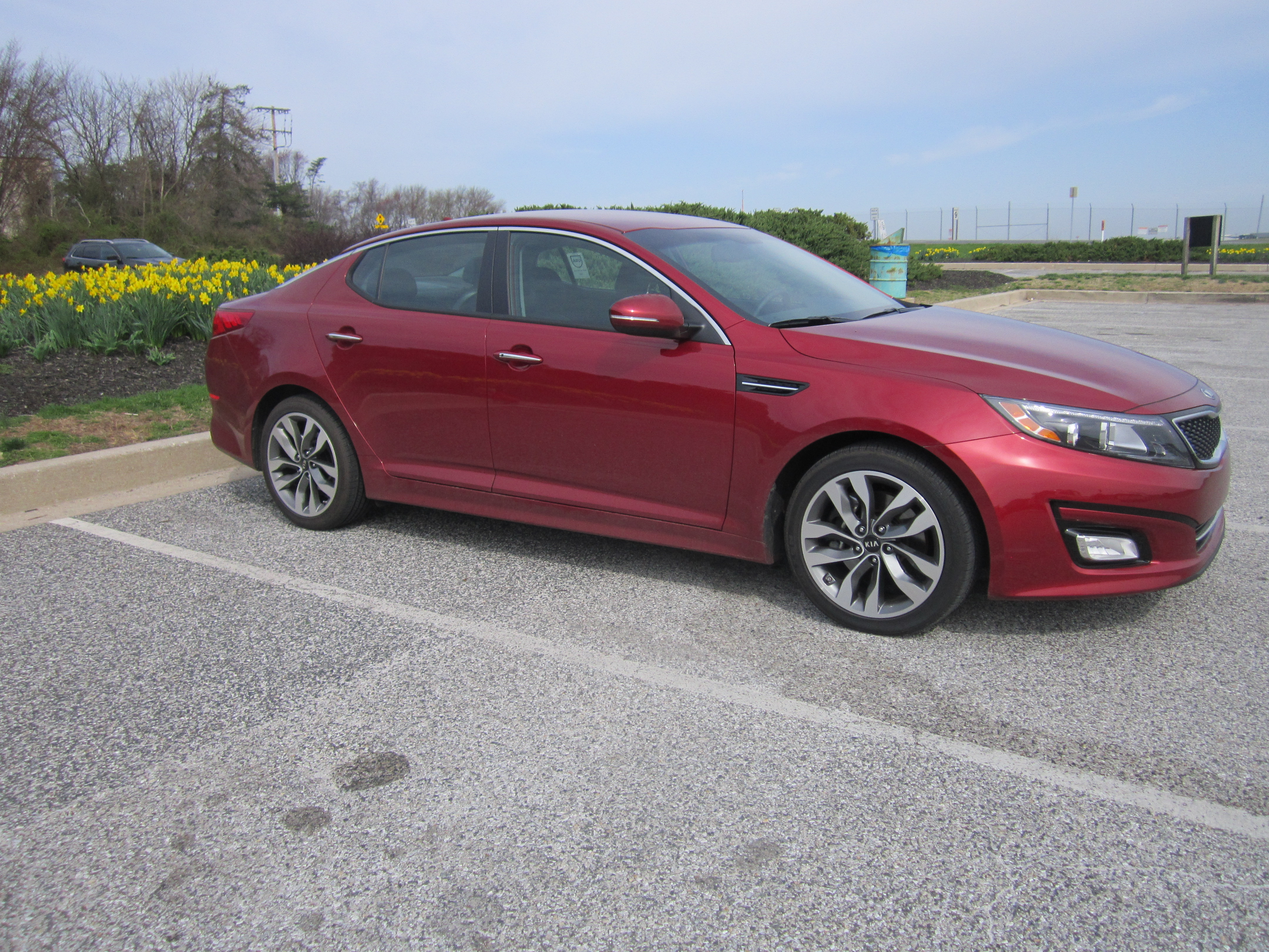 Kia Optima SX offers a dose of luxury for a decent price