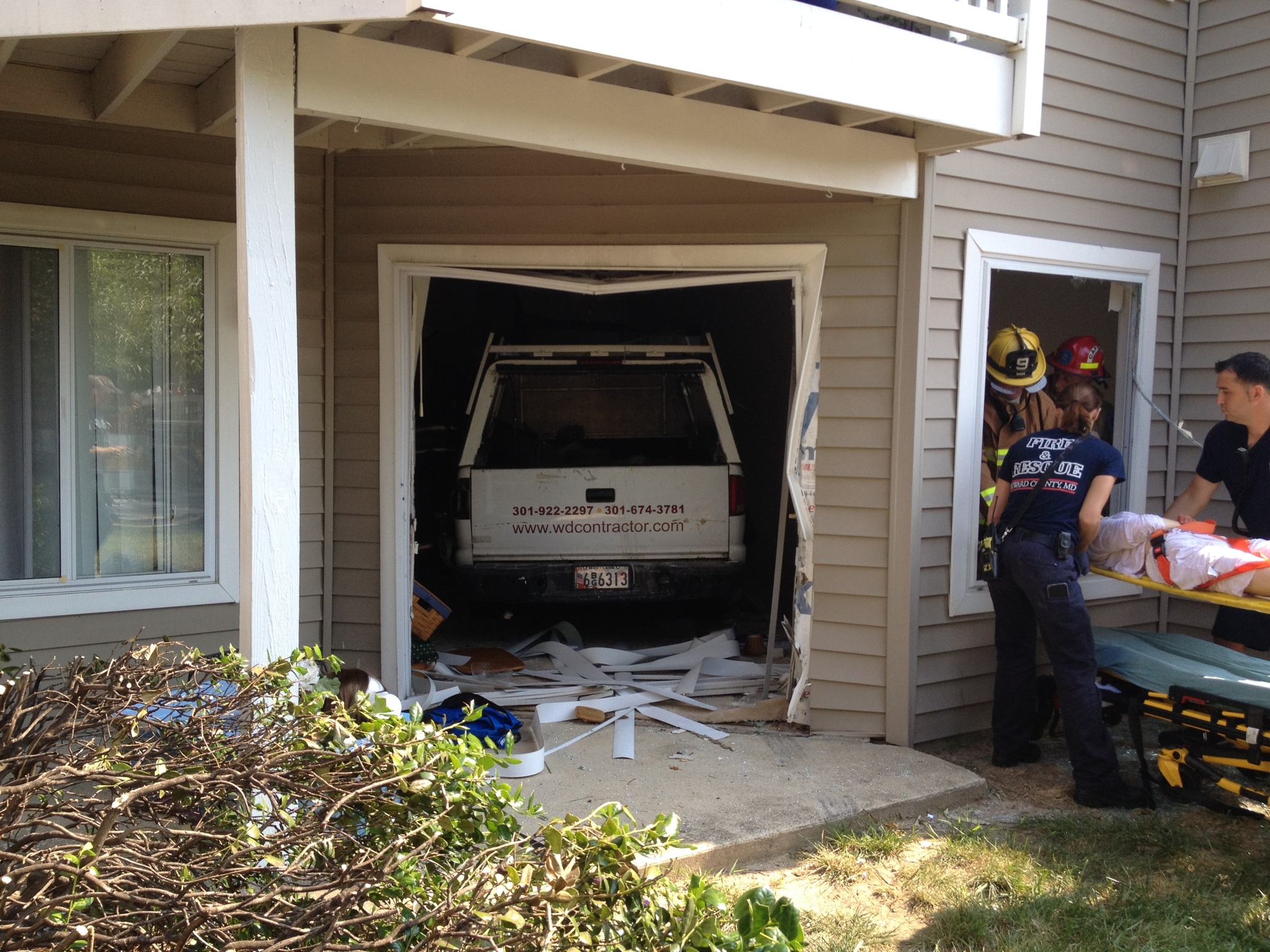 Driver charged after truck crashes into Md. apartment