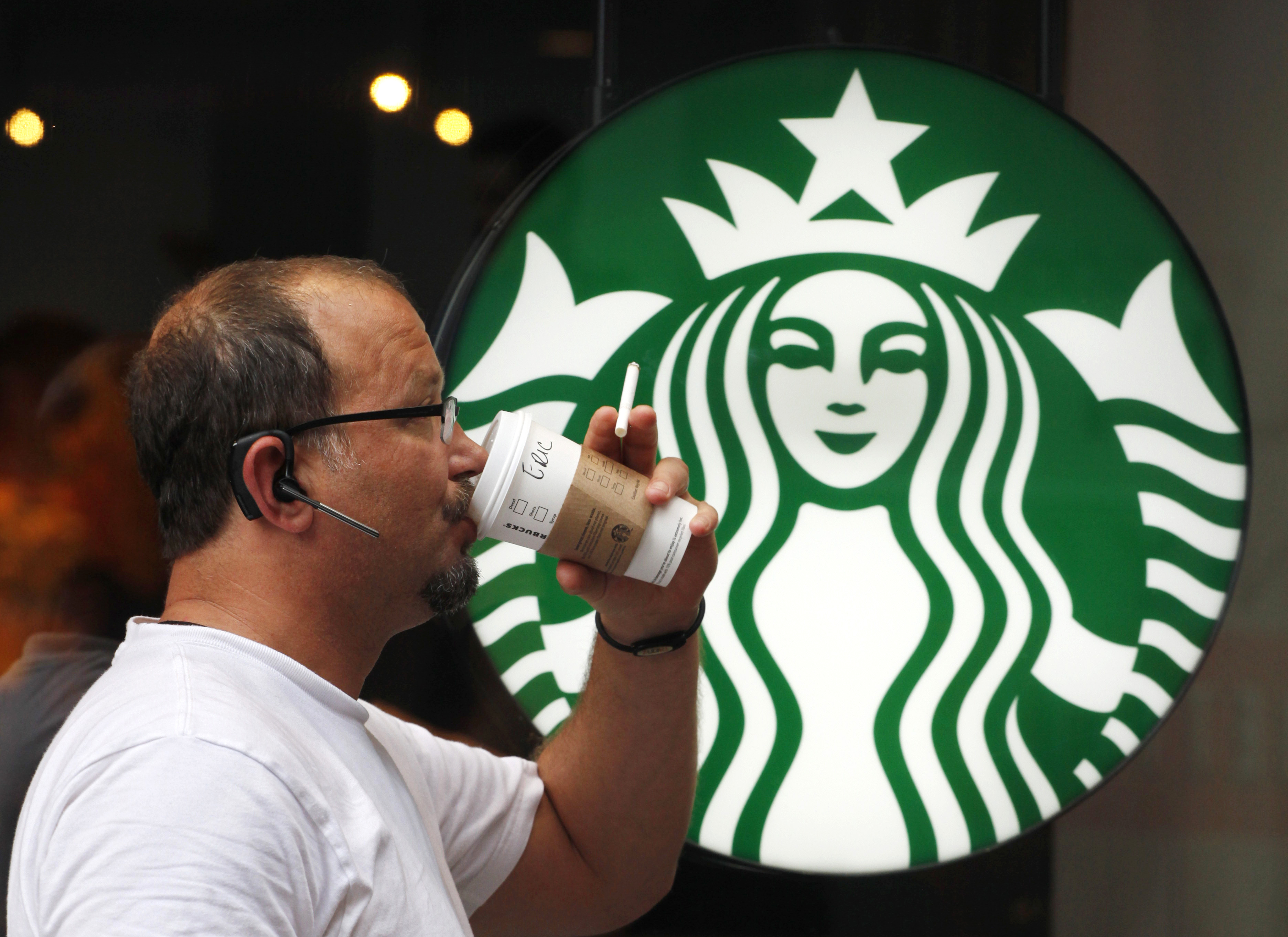 Local Starbucks stores push for alcohol sales in new program