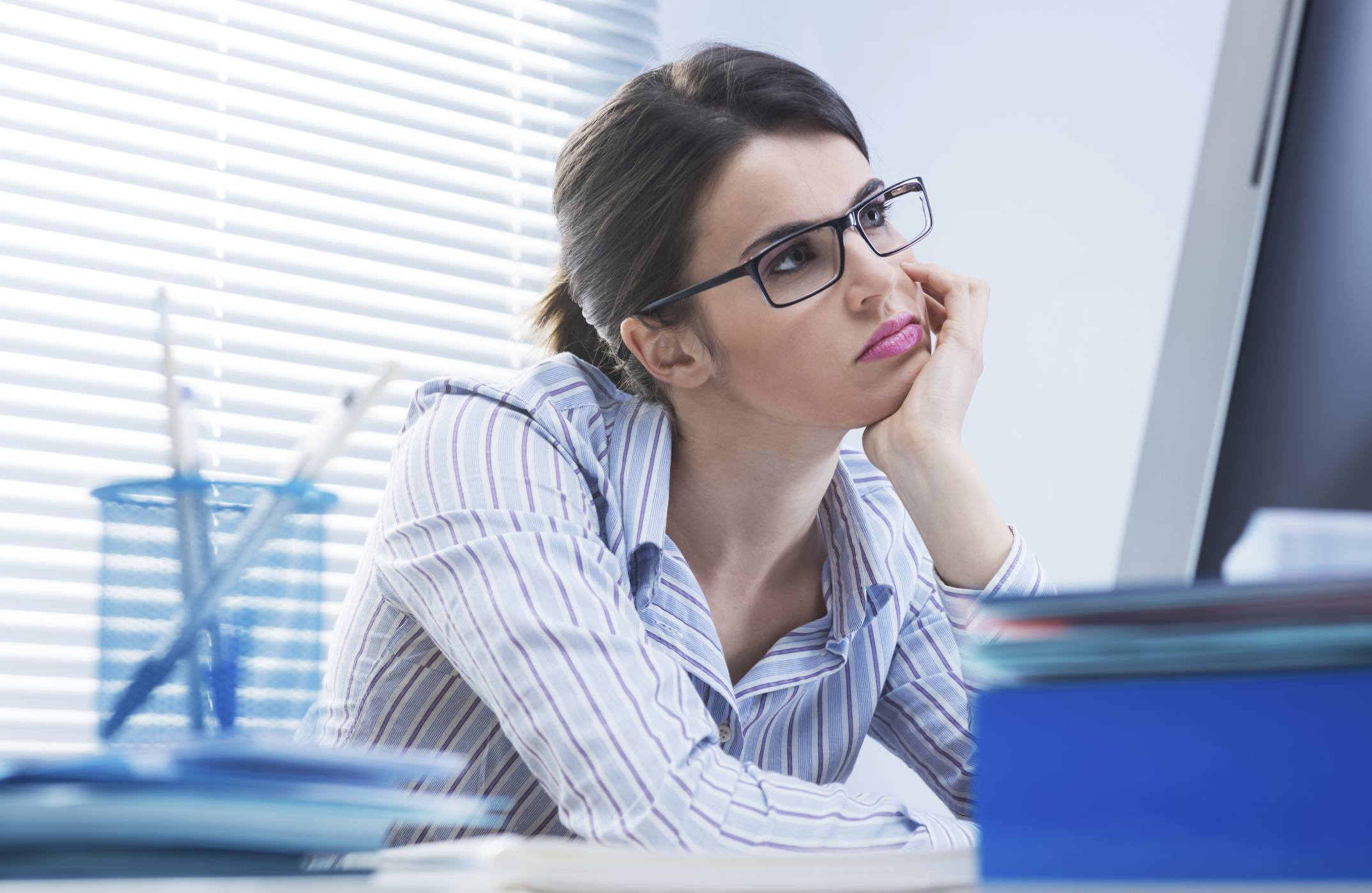 6 healthy ways to beat the mid-afternoon slump