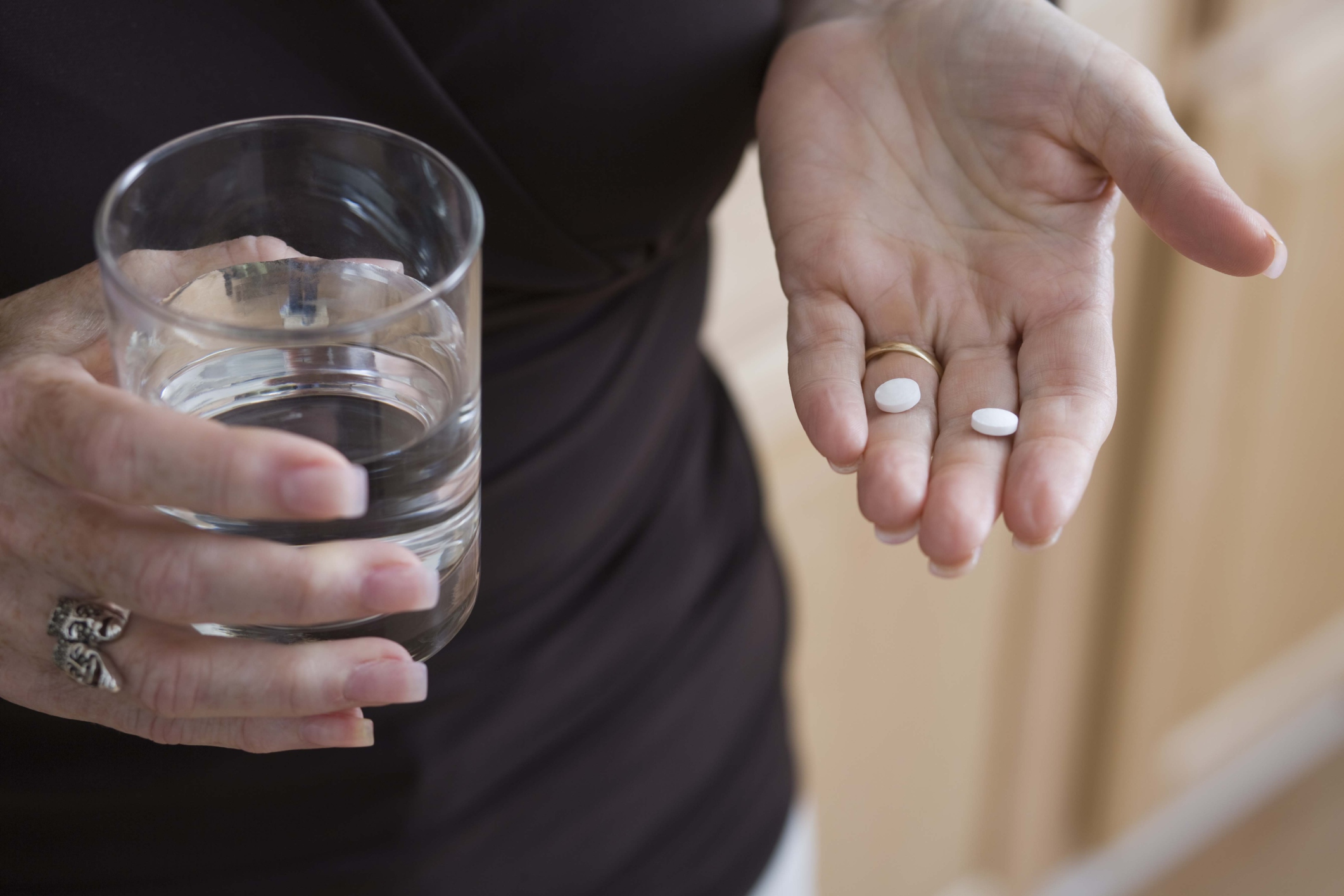Study: Smokers, substance abusers more likely to get in trouble with painkillers