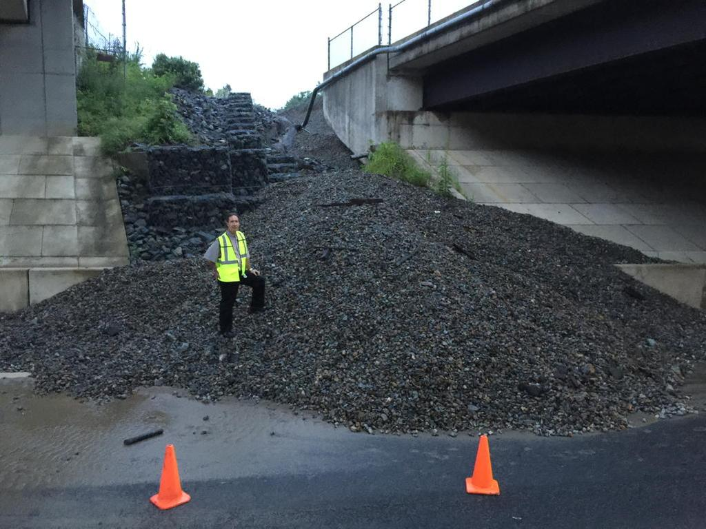 Service resumes after storms wash out VRE track support