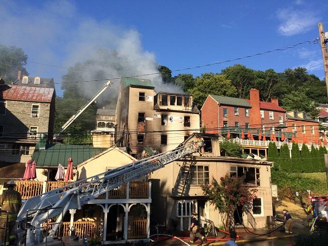 Fire destroys buildings in Harpers Ferry