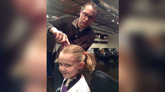 Denver Salon Offers 'Beer and Braids' Date Night for Dads, Daughters