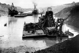 This is a general view looking north from barrier formed by slide dredges at work during construction in the Panama Canal Zone at Gaillard Cut, Culebra, Panama, on Oct. 30, 1915.  (AP Photo)