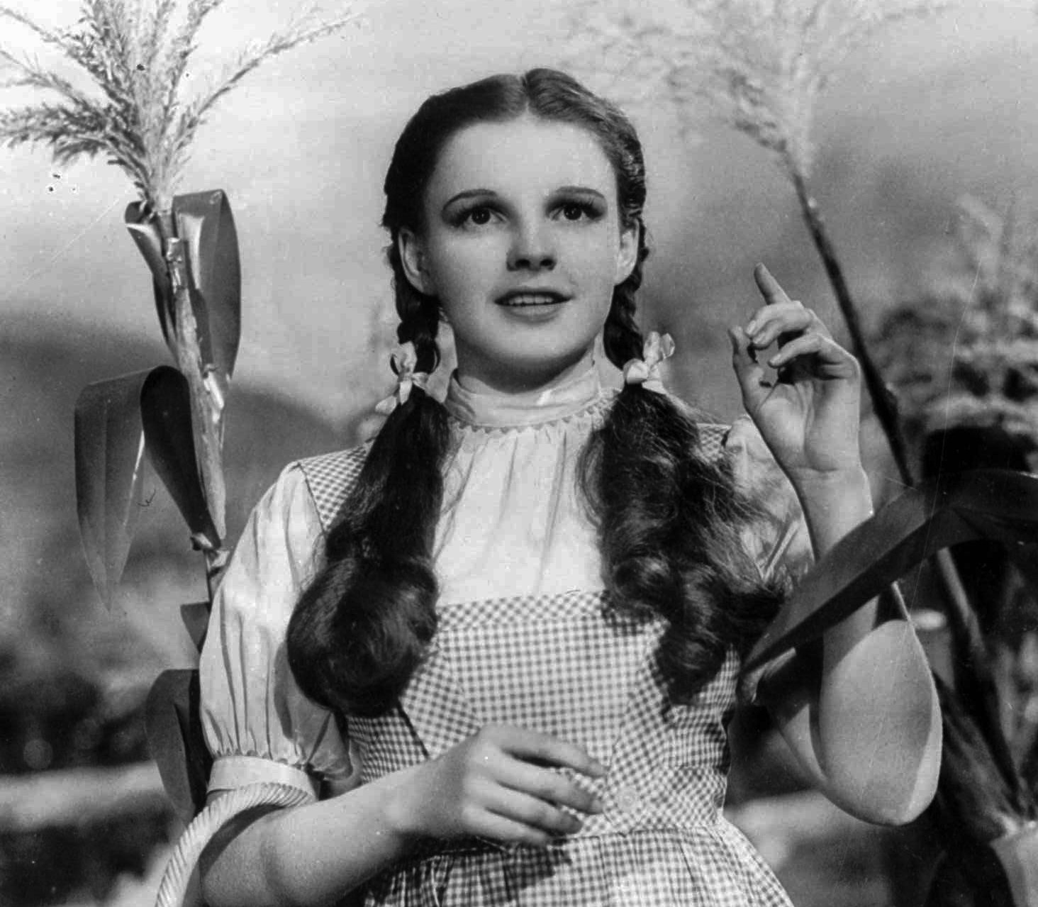 There's no place like home: 'The Wizard of Oz' returns to theaters