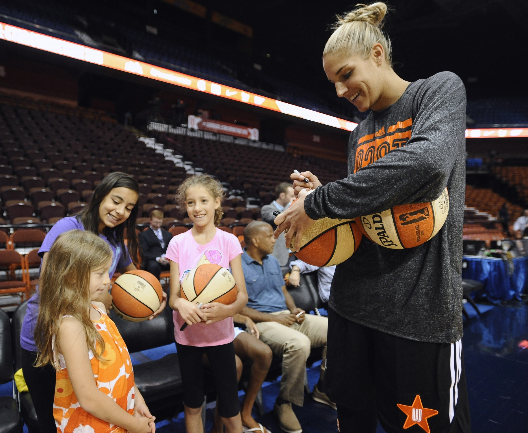 For WNBA star Elena Delle Donne, it's all Sky, no limit